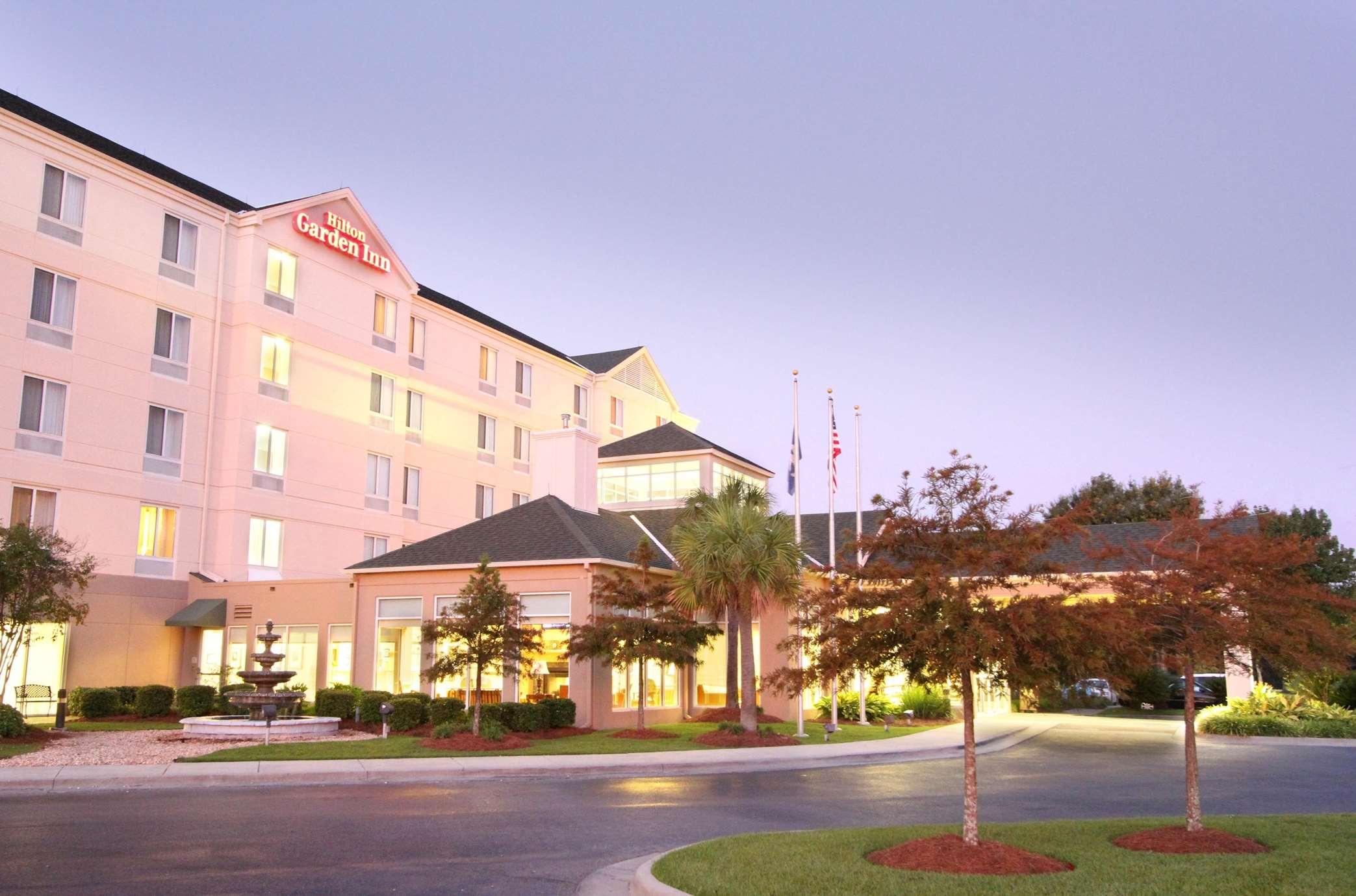 Hilton Garden Inn Baton Rouge Airport image 0