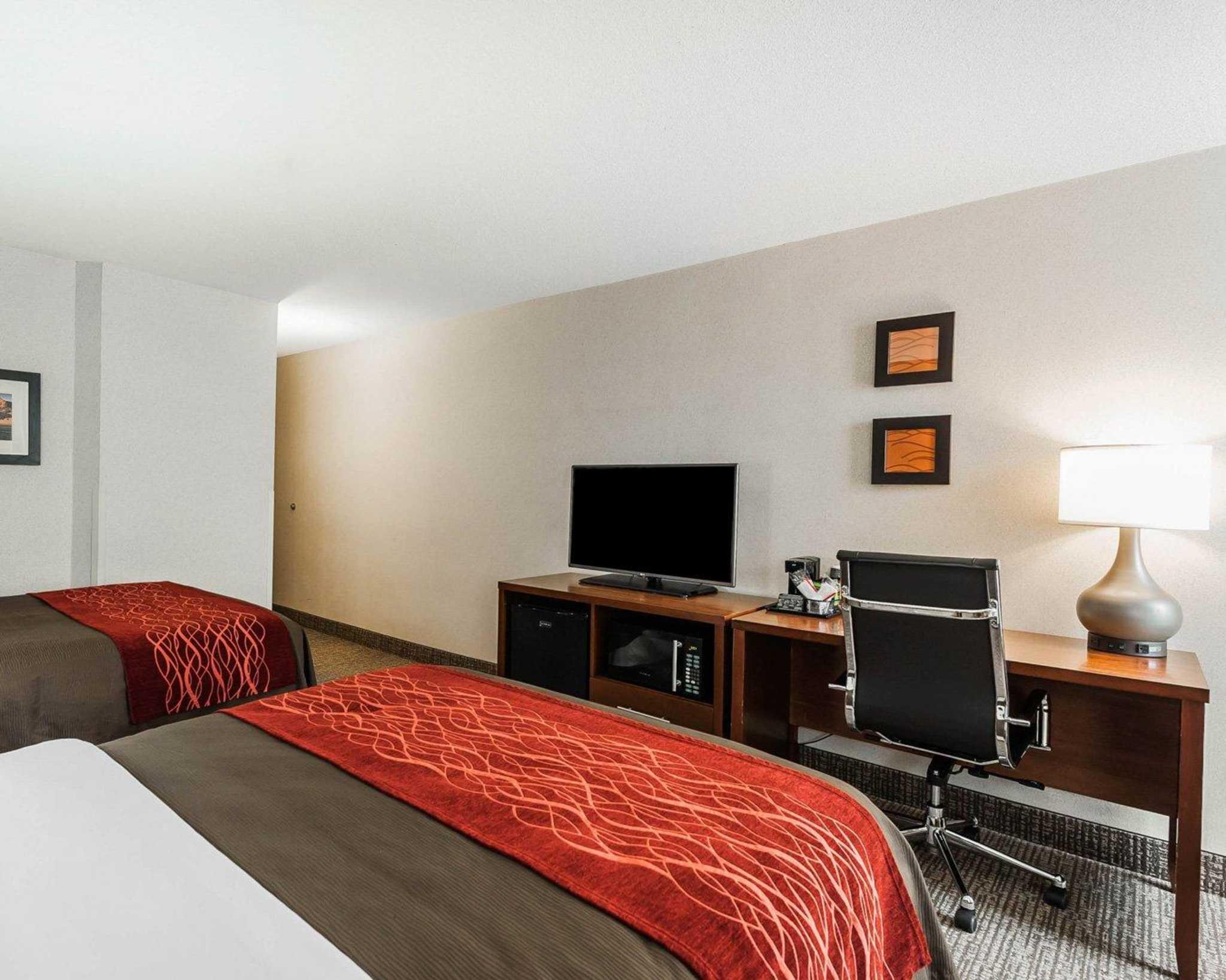 Comfort Inn Denver East image 13