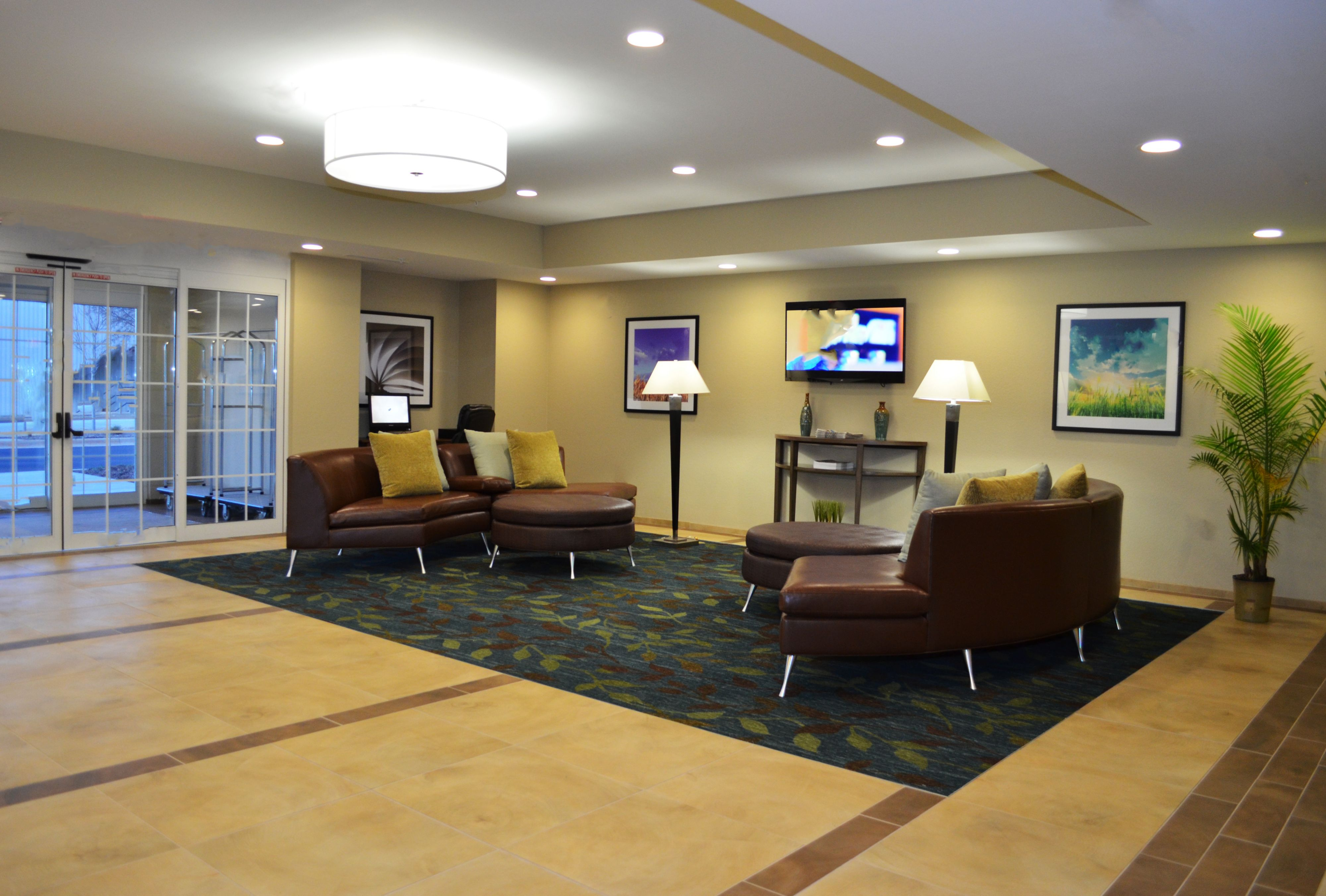 Candlewood Suites Greenville image 4