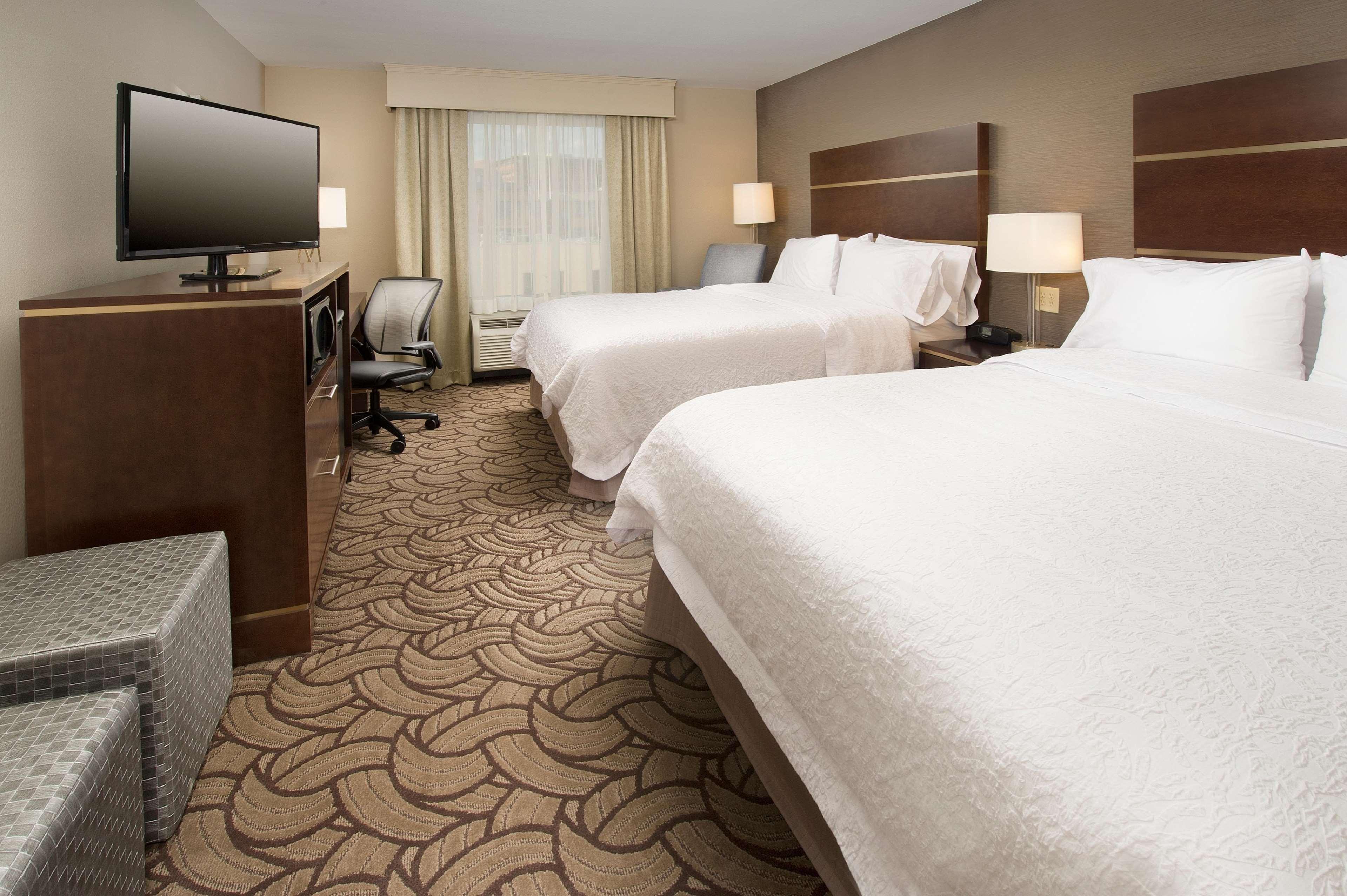 Hampton Inn & Suites San Antonio-Downtown/Market Square image 12