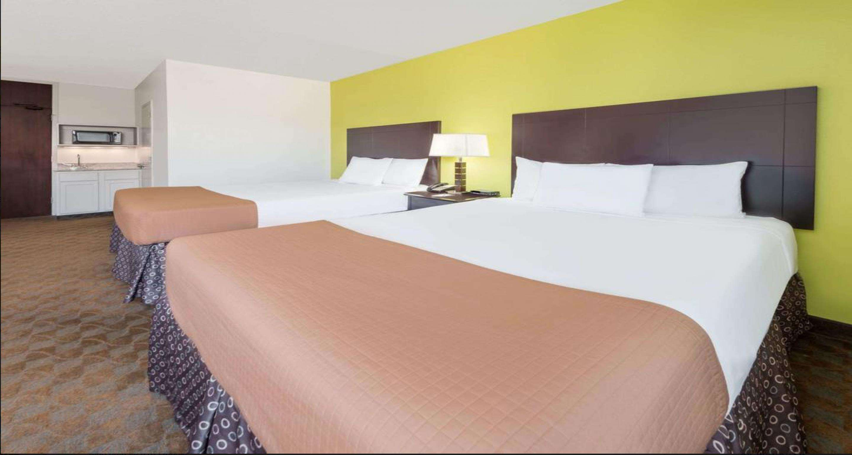 SureStay Plus Hotel by Best Western Lubbock Medical Center image 11