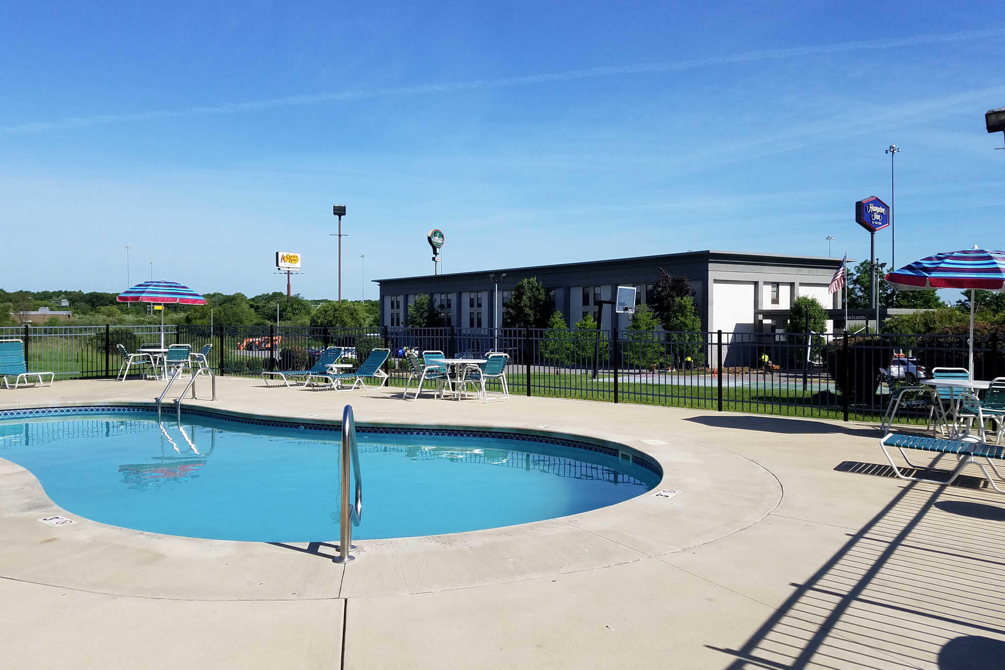 Quality Inn Austintown-Youngstown West image 20