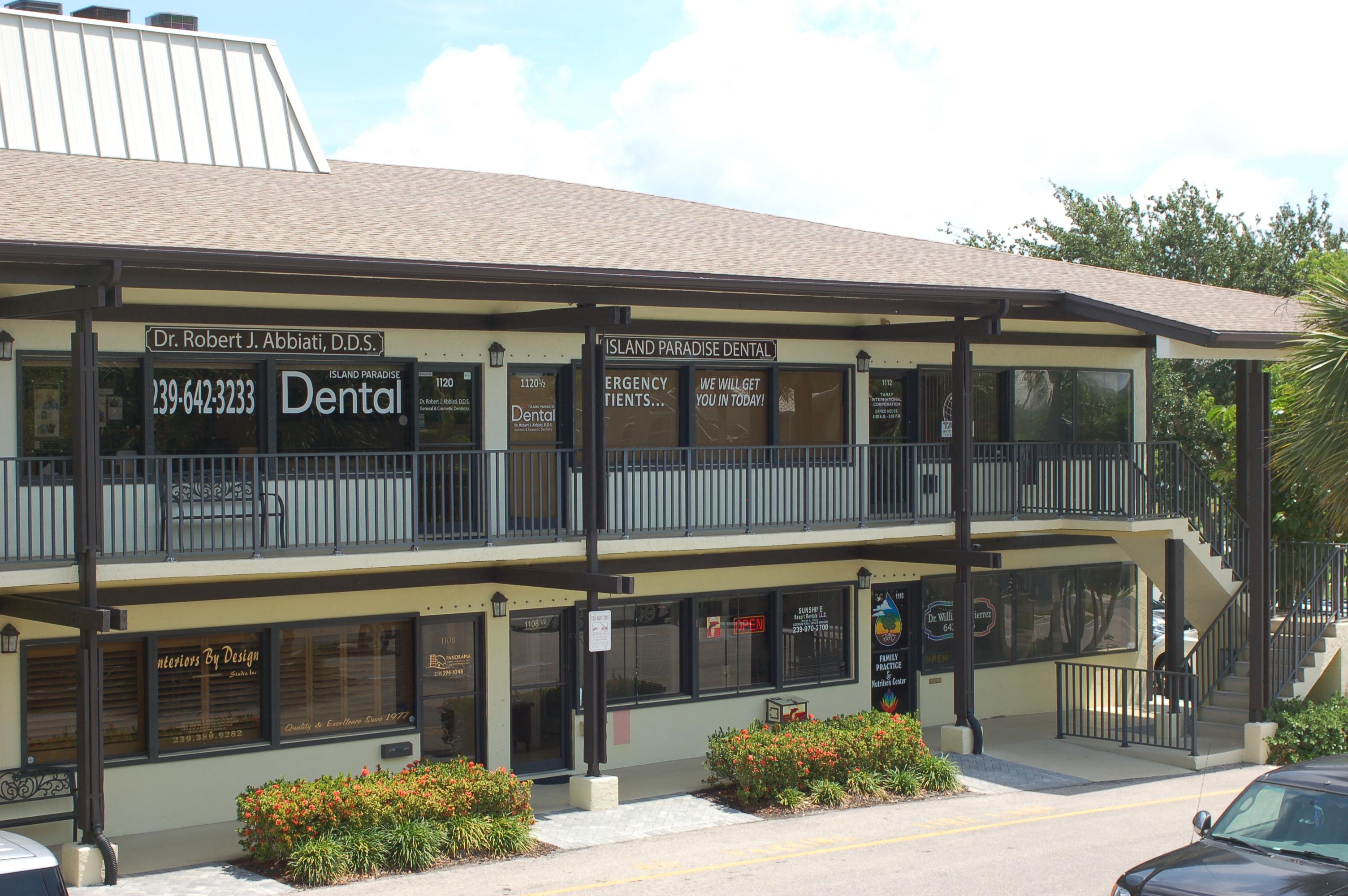 Island Paradise Dental, Dr. Robert J. Abbiati, DDS image 3