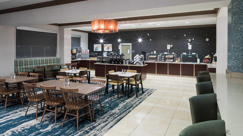 Fairfield Inn & Suites by Marriott Orlando at SeaWorld® image 6