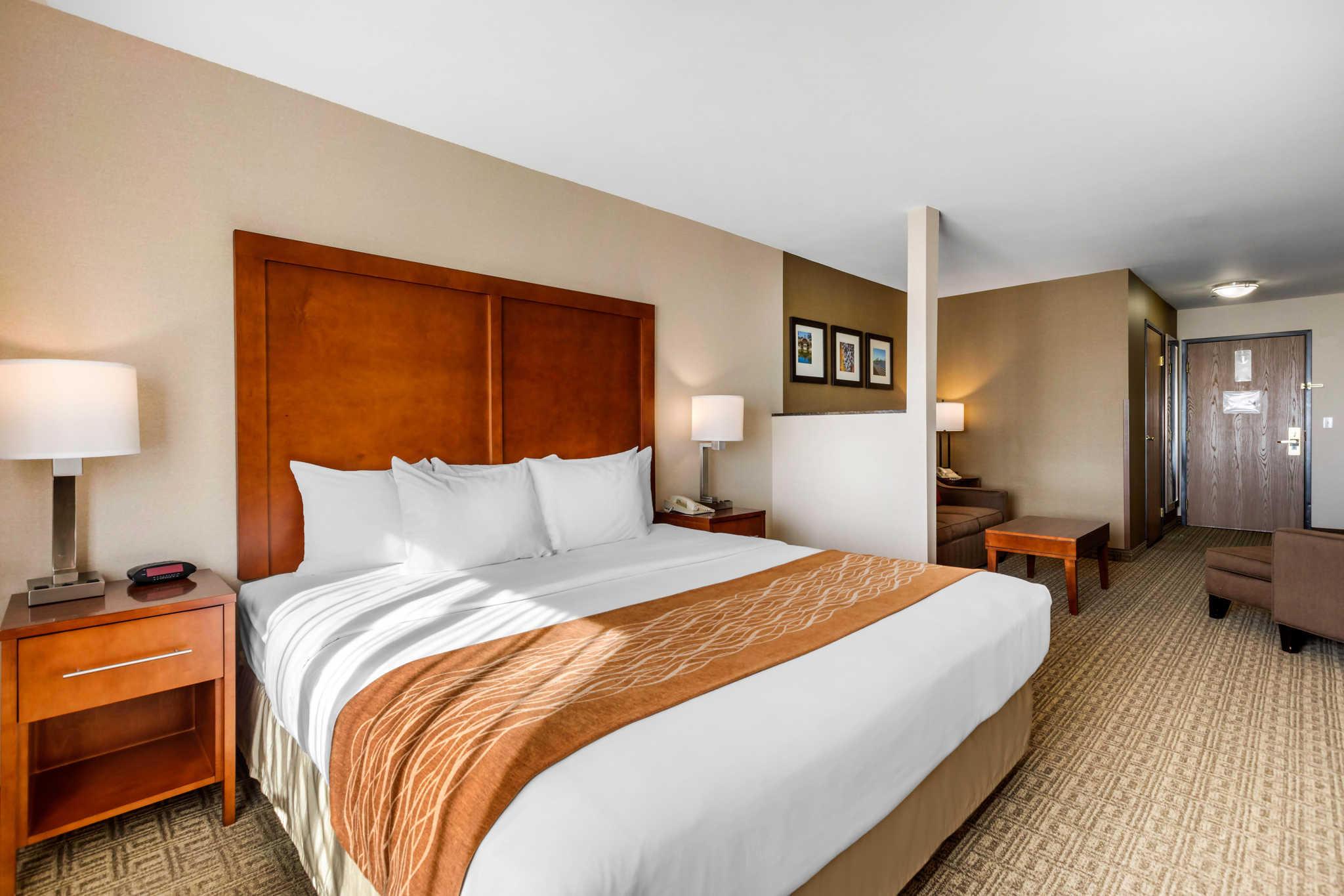 Comfort Inn & Suites Murrieta Temecula Wine Country image 20