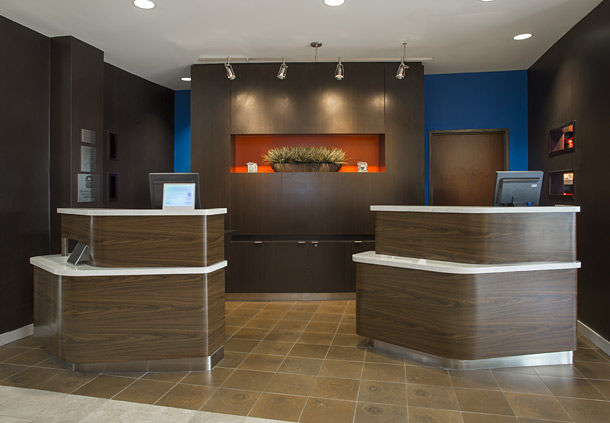 Courtyard by Marriott Austin Airport image 2