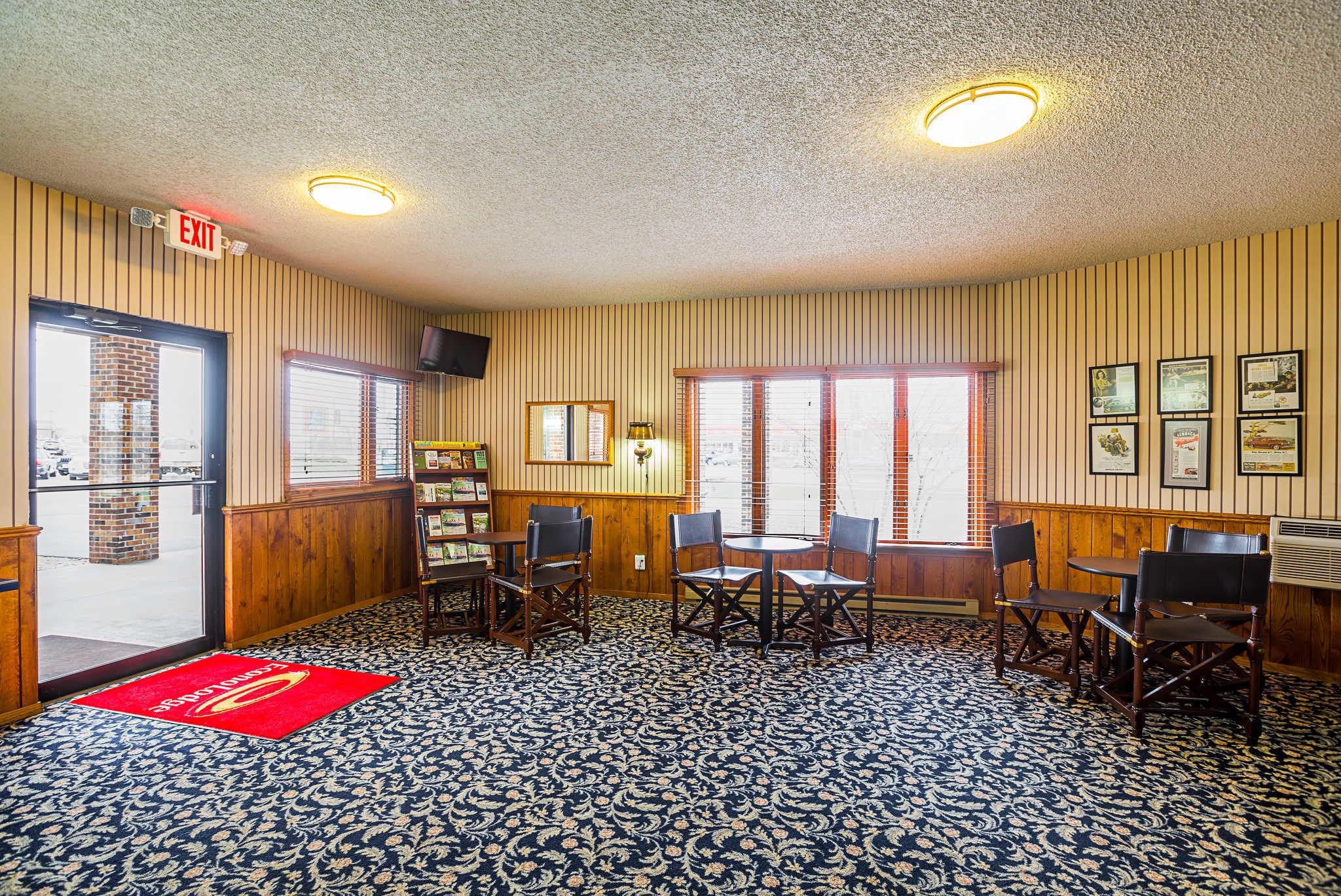 Econo Lodge image 27
