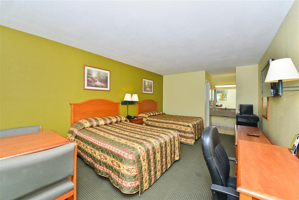 Americas Best Value Inn Wharton image 10