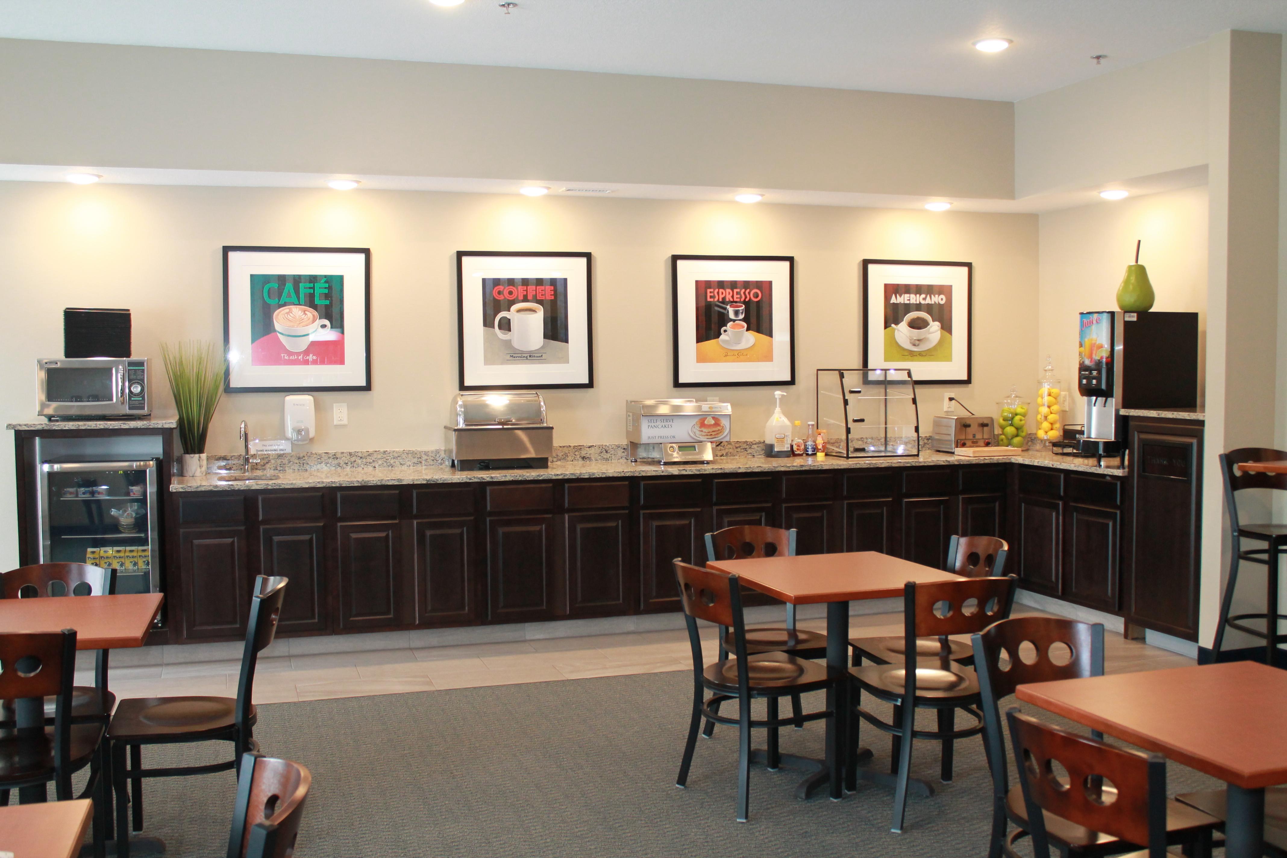 Brookstone Lodge & Suites image 3