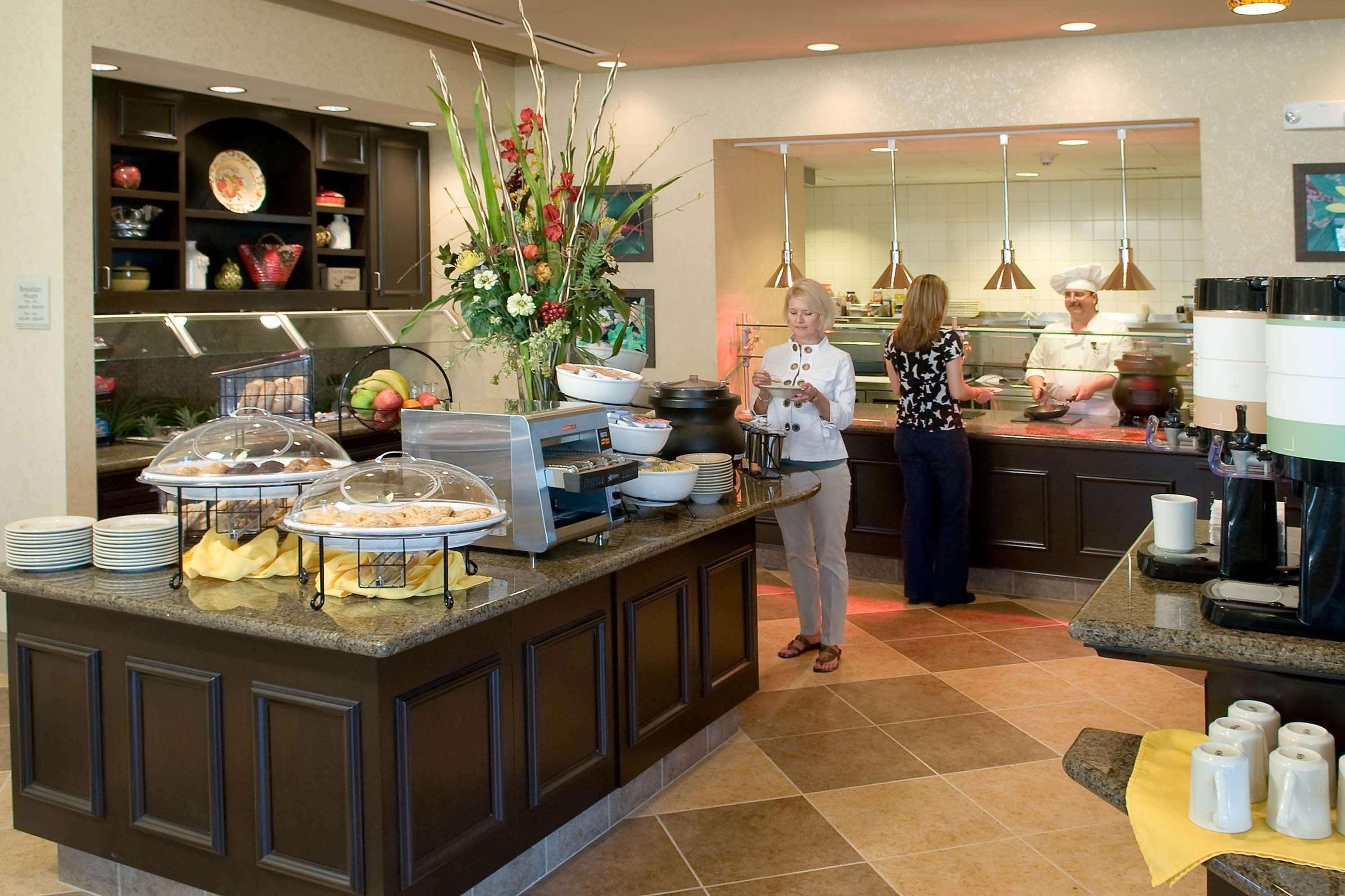 Hilton Garden Inn Pensacola Airport - Medical Center image 7