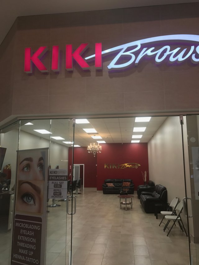 Kiki Brows image 3