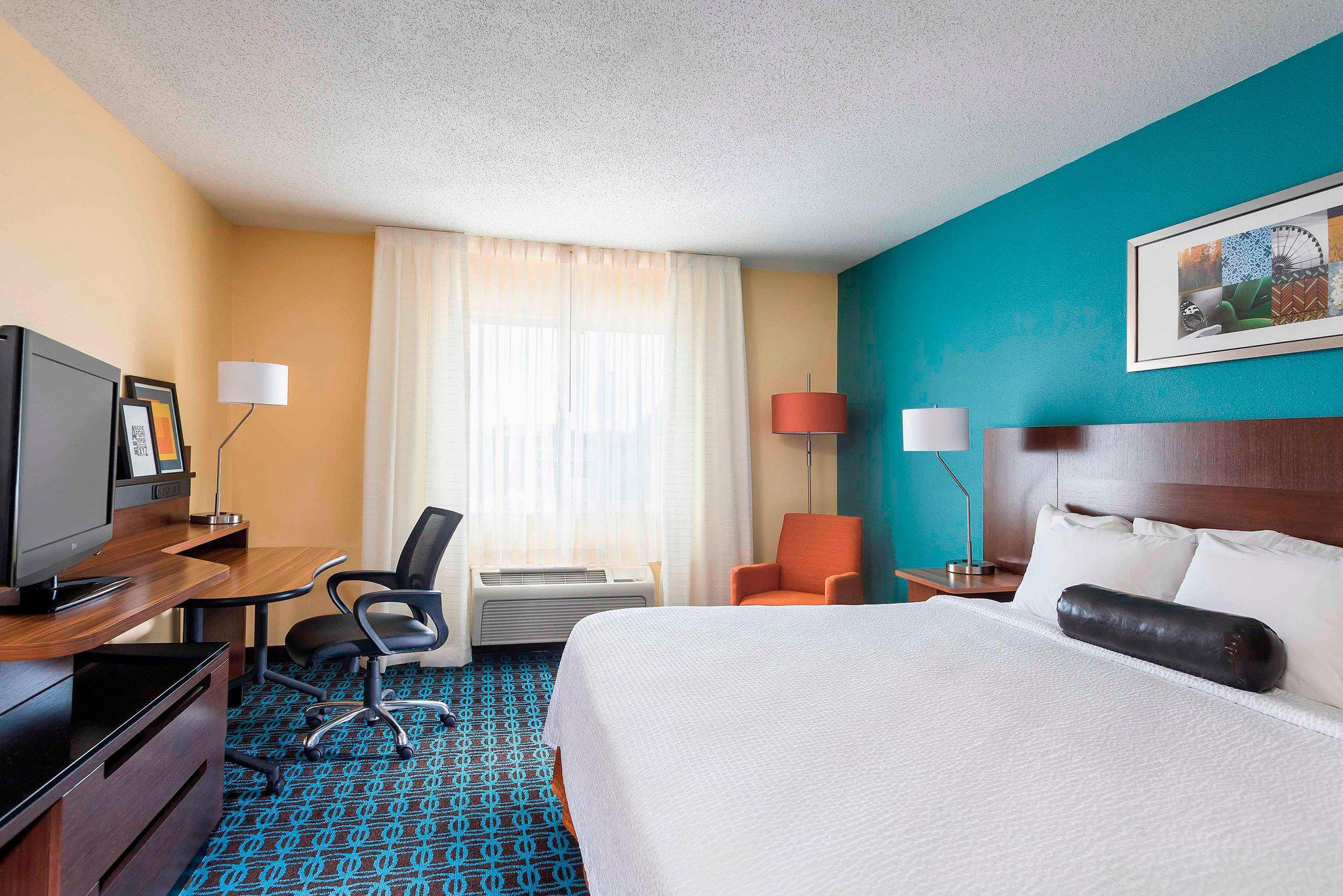 Fairfield Inn & Suites by Marriott Holland