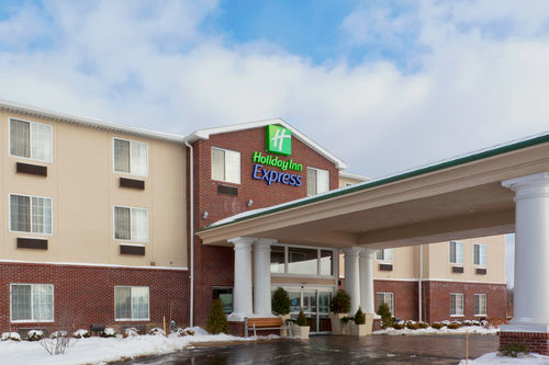 Holiday Inn Express & Suites Ashtabula-Geneva image 1