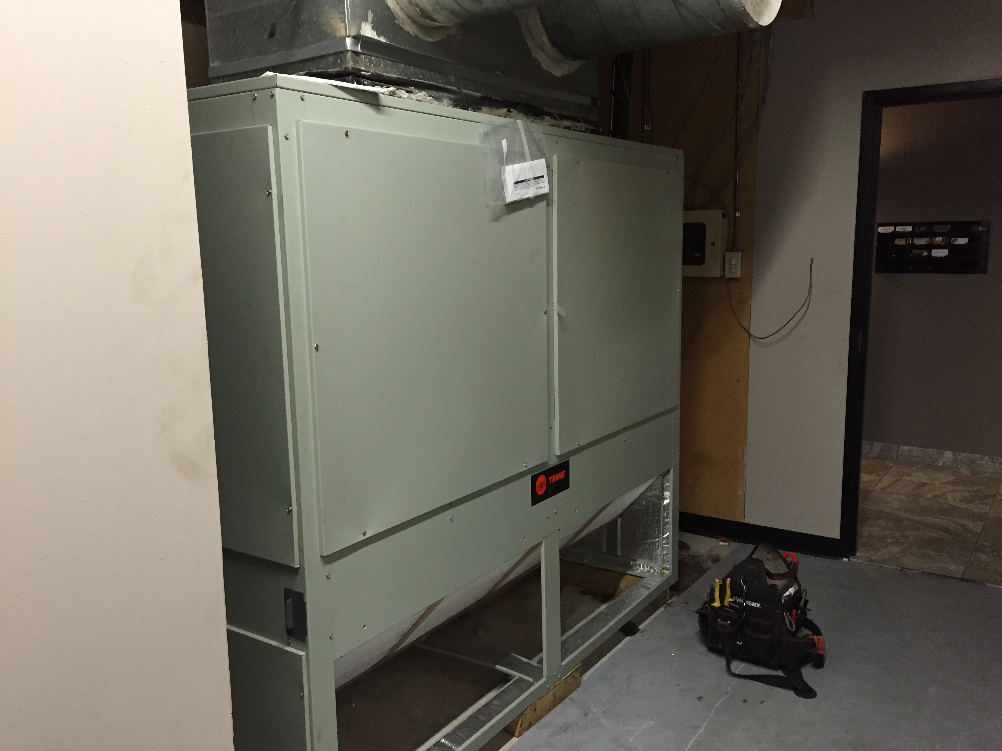 Commercial Indoor unit 15 ton system installation