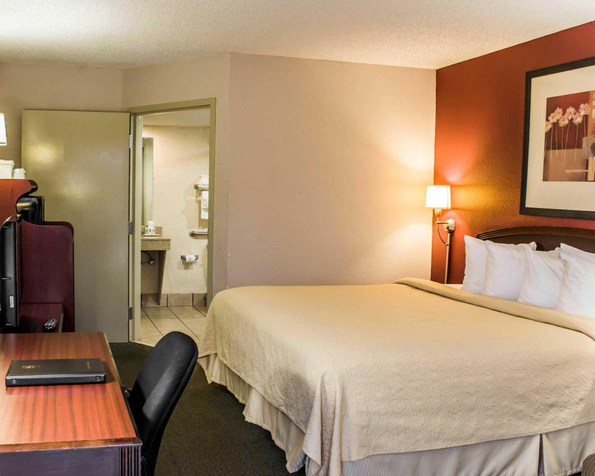 Quality Inn Roanoke near Lake Gaston image 10