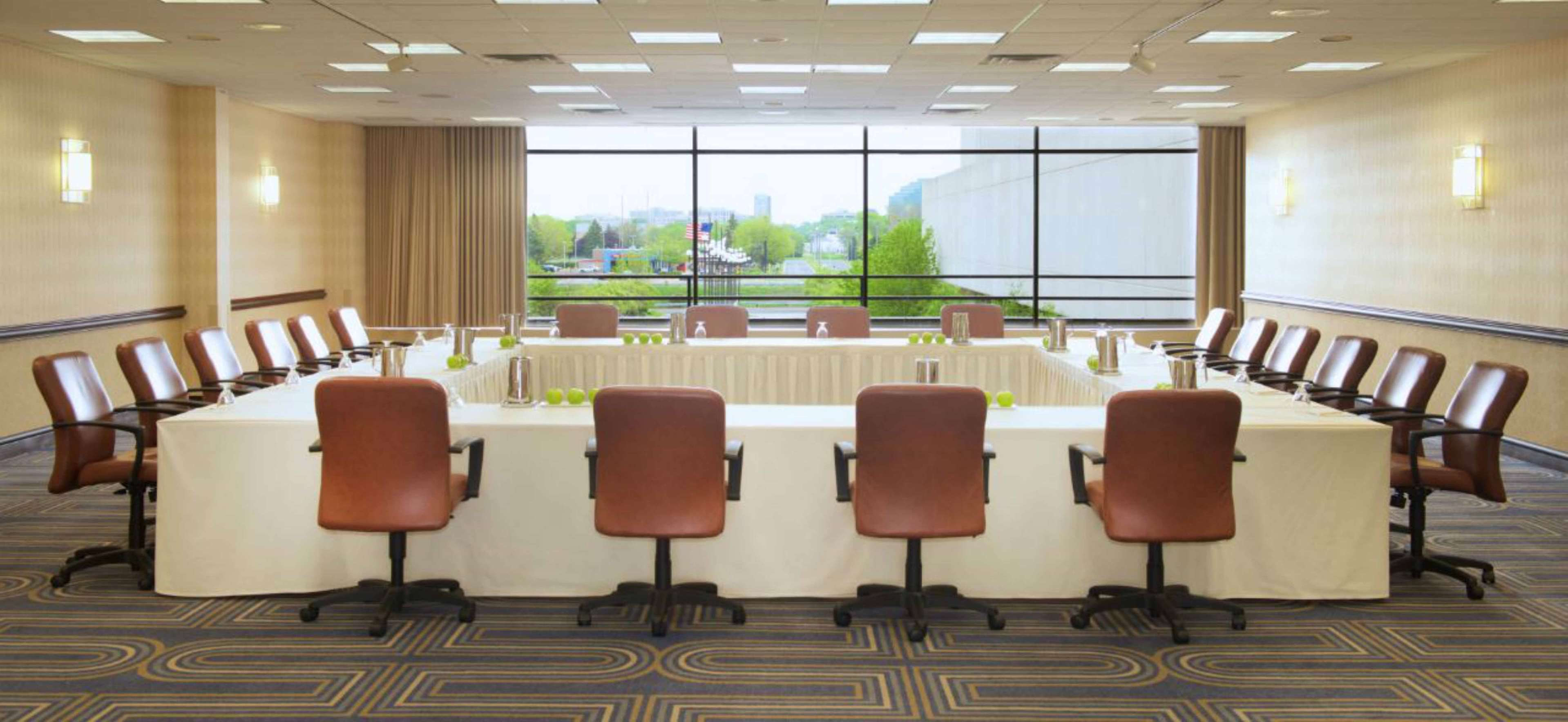 DoubleTree by Hilton Hotel Bloomington - Minneapolis South image 27