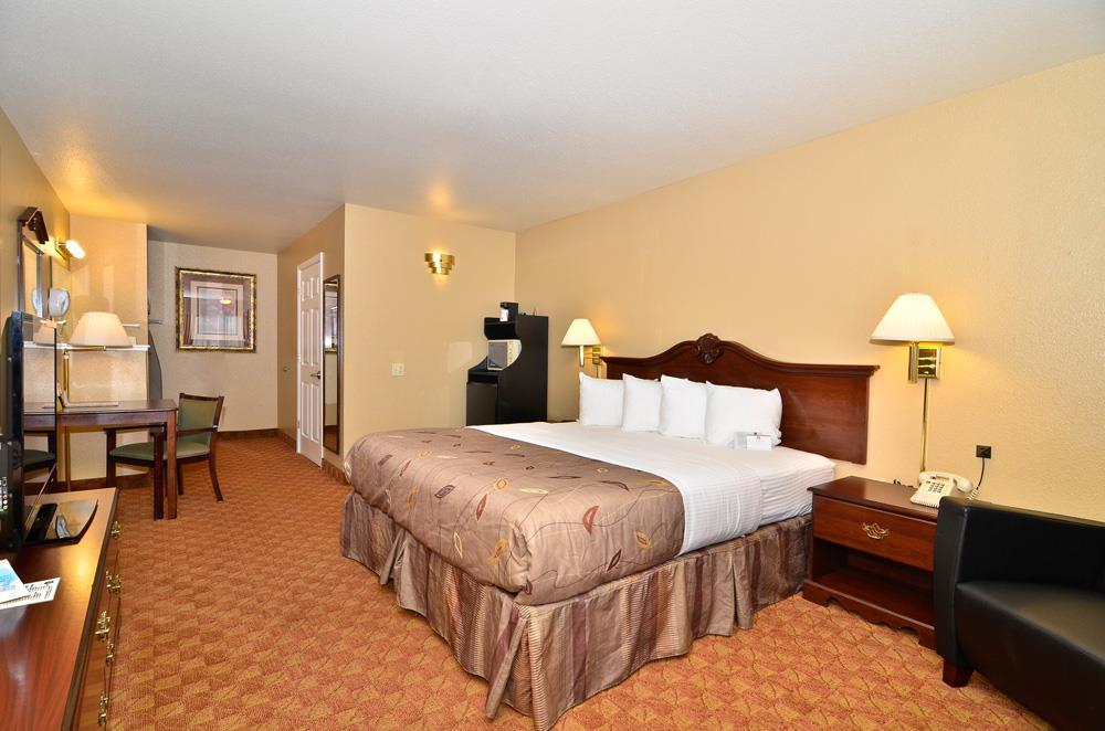 Best Western Fallon Inn & Suites image 32