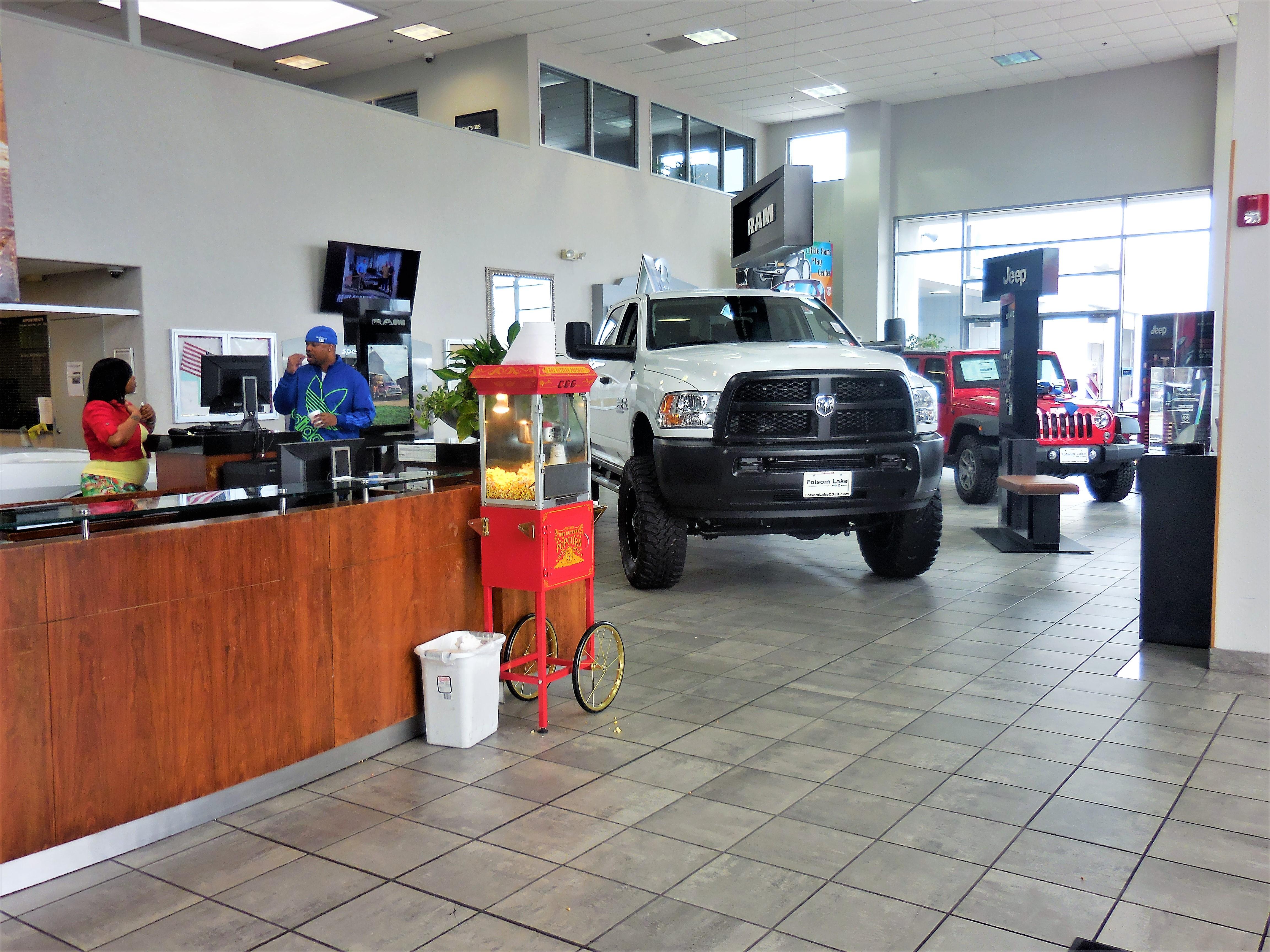 Folsom Lake Chrysler Dodge Jeep Ram image 8
