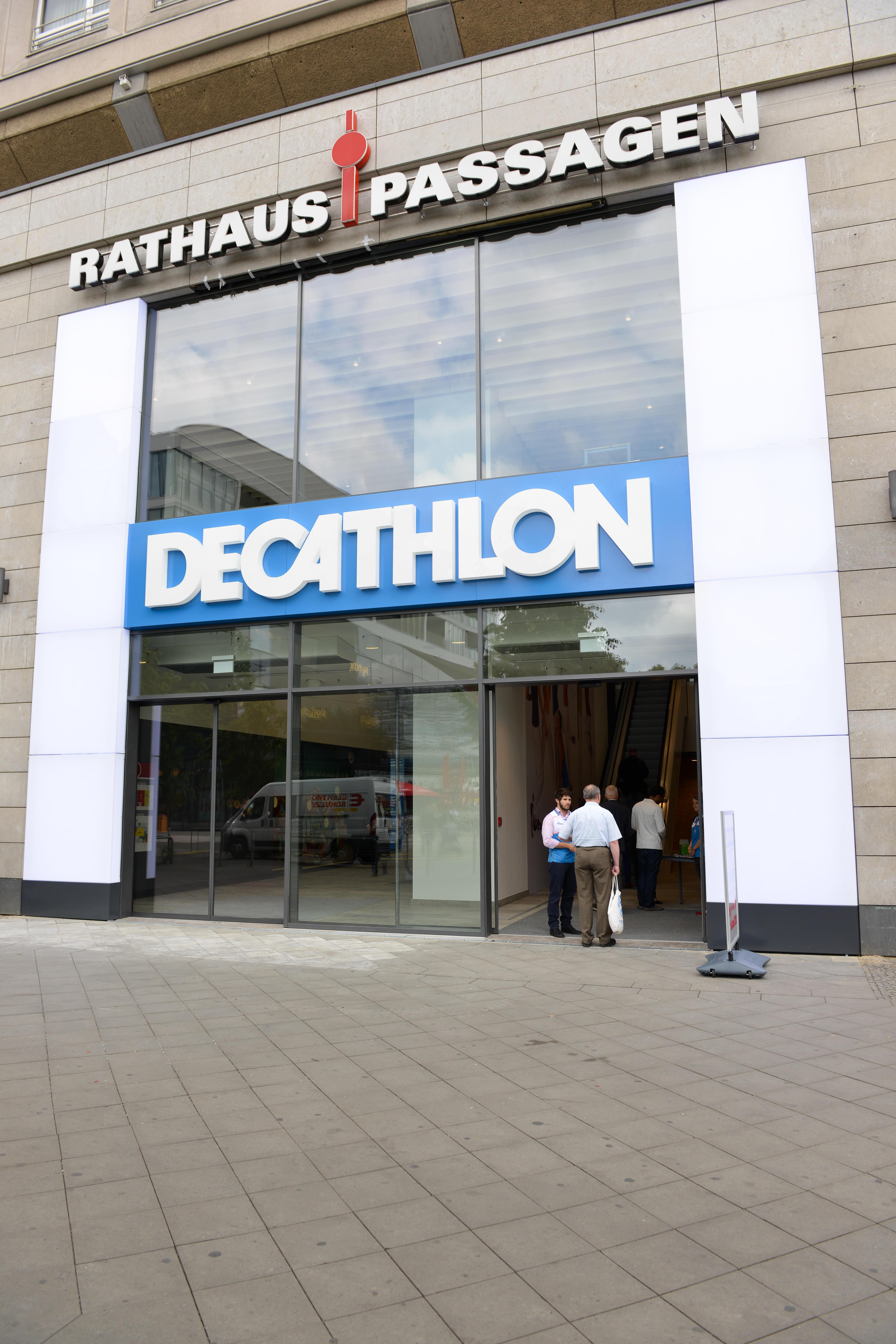 decathlon berlin alexanderplatz berlin. Black Bedroom Furniture Sets. Home Design Ideas