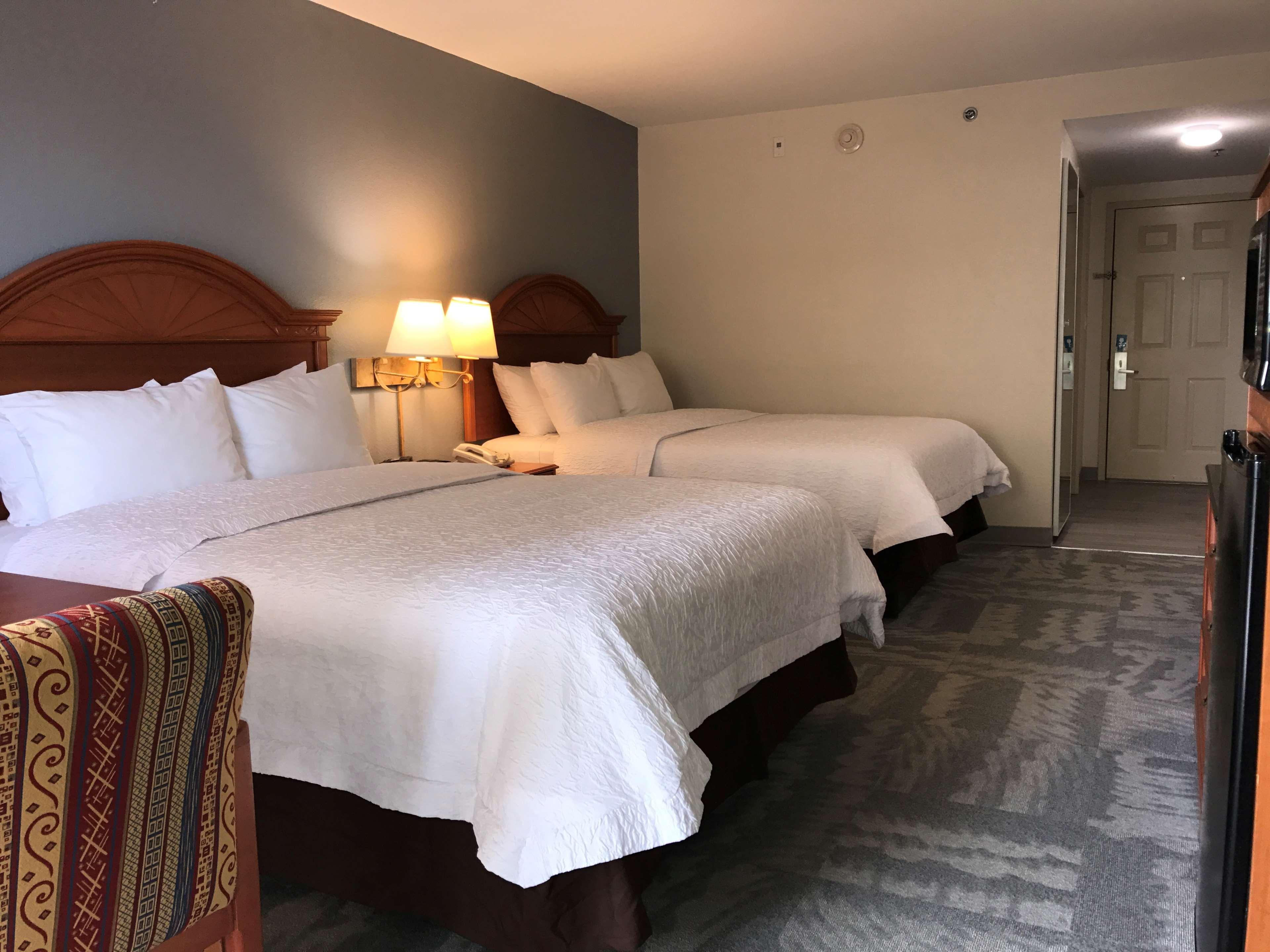 Hampton Inn Daytona Shores-Oceanfront image 25