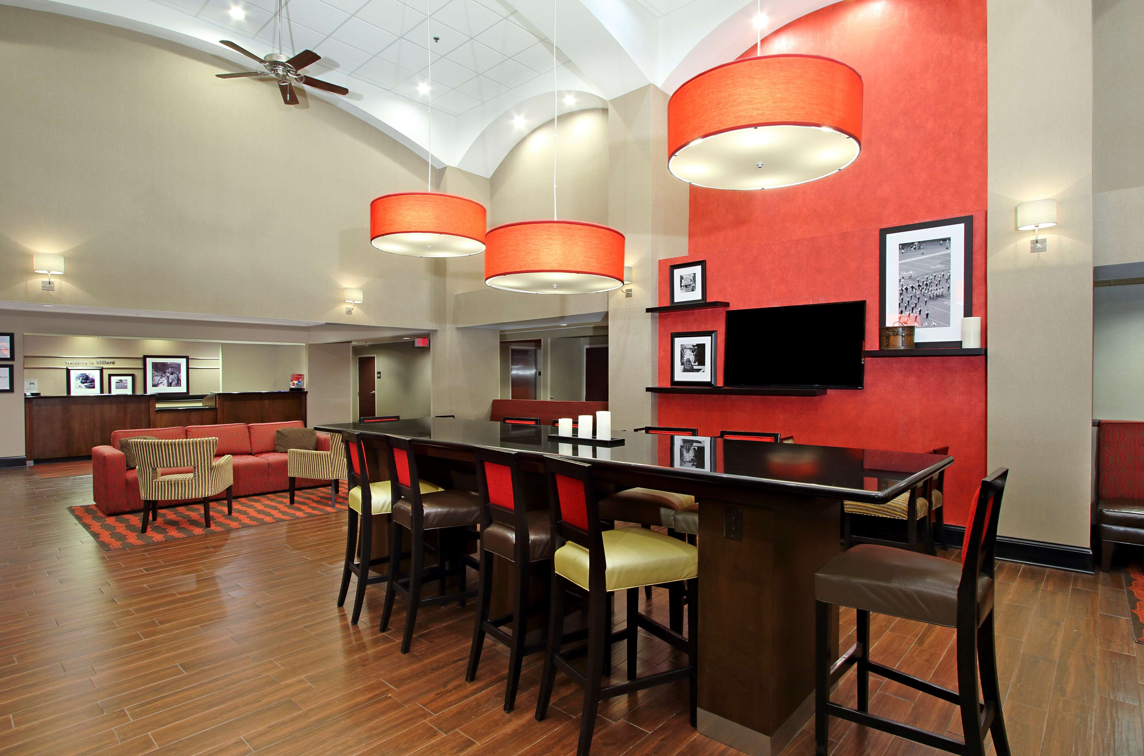 Hampton Inn & Suites Columbus Hilliard image 3