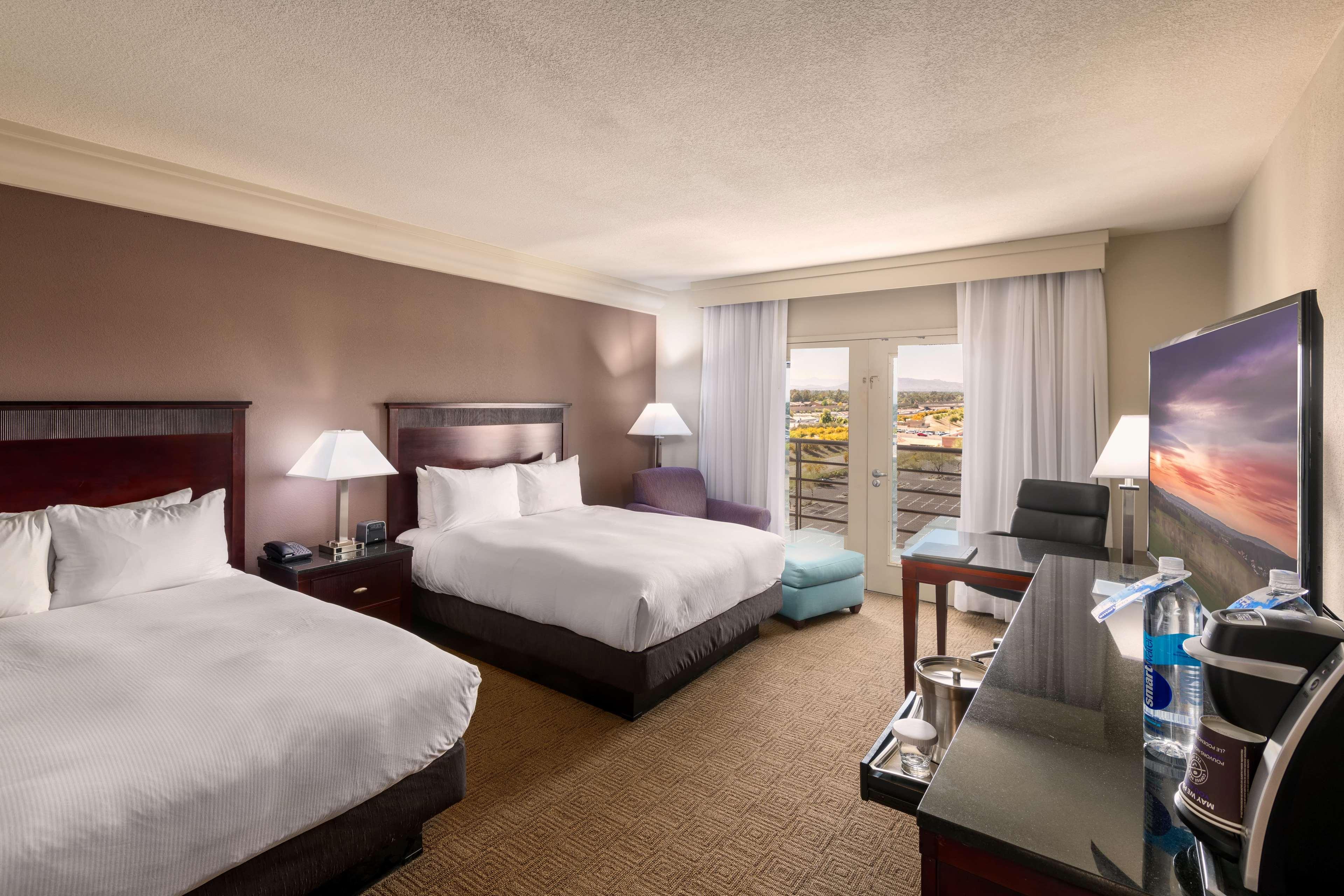 Hilton Phoenix/Mesa image 17