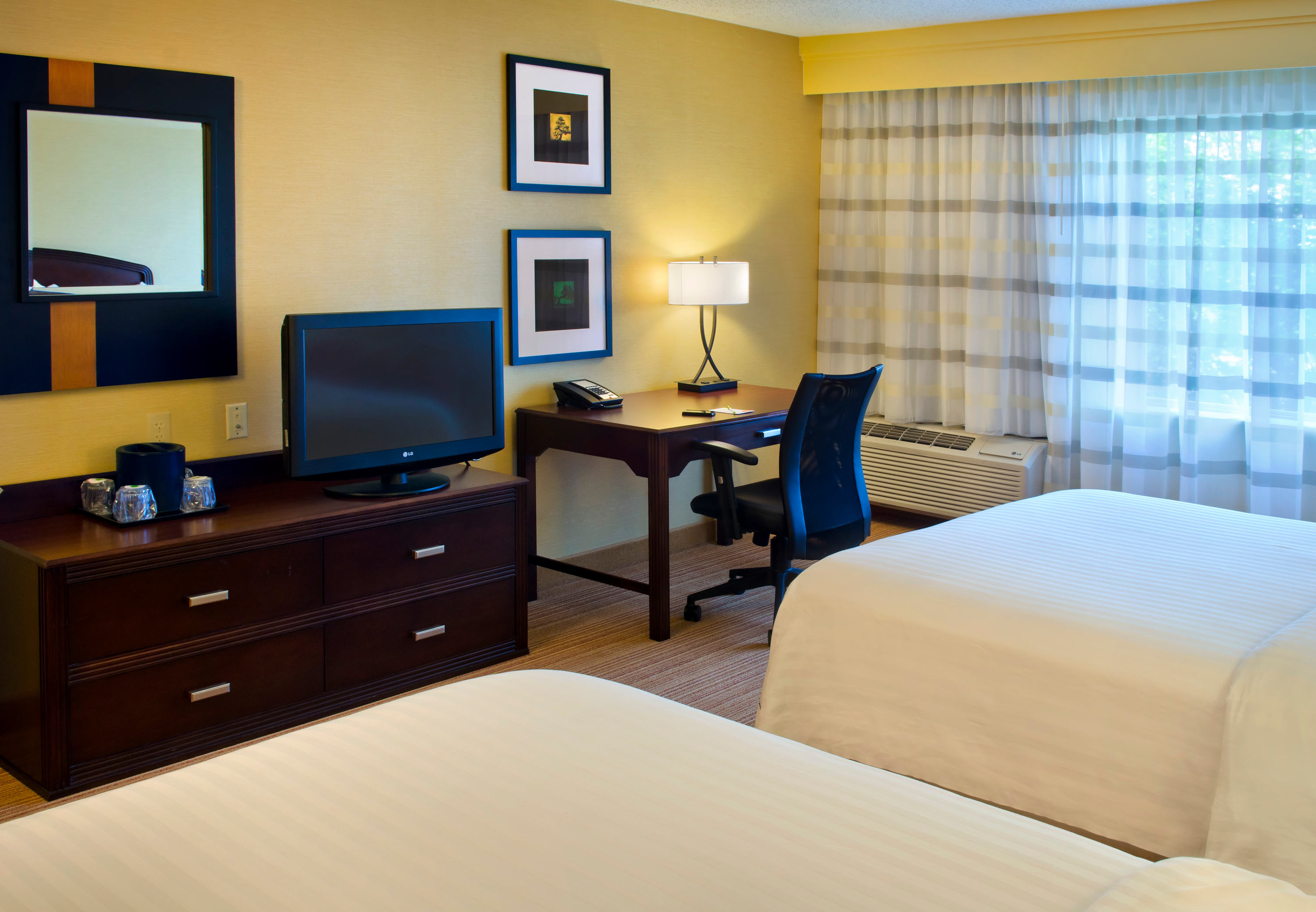 Courtyard by Marriott Allentown Bethlehem/Lehigh Valley Airport image 8