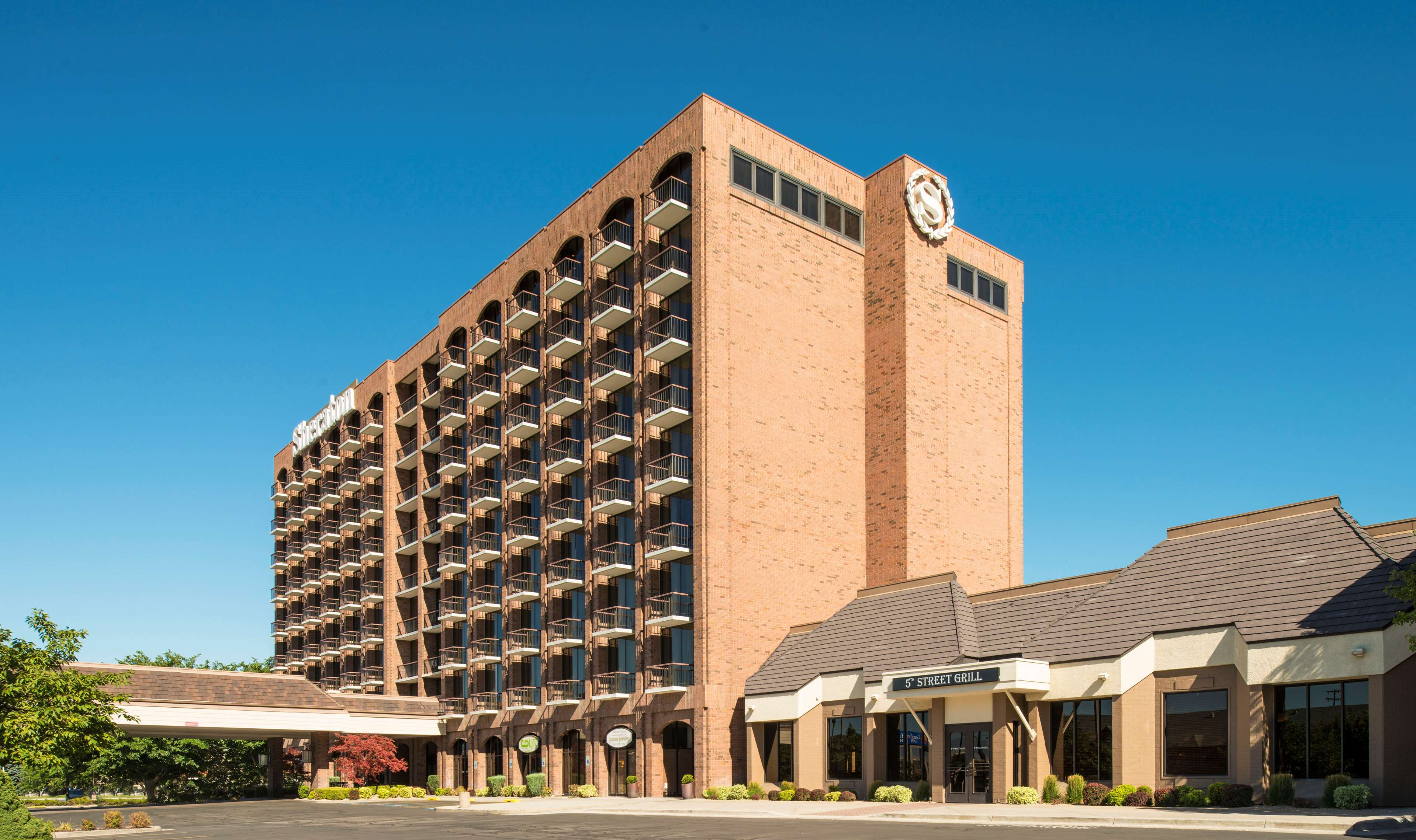 Sheraton Salt Lake City Hotel At 150 West 500 South Salt Lake City Ut On Fave