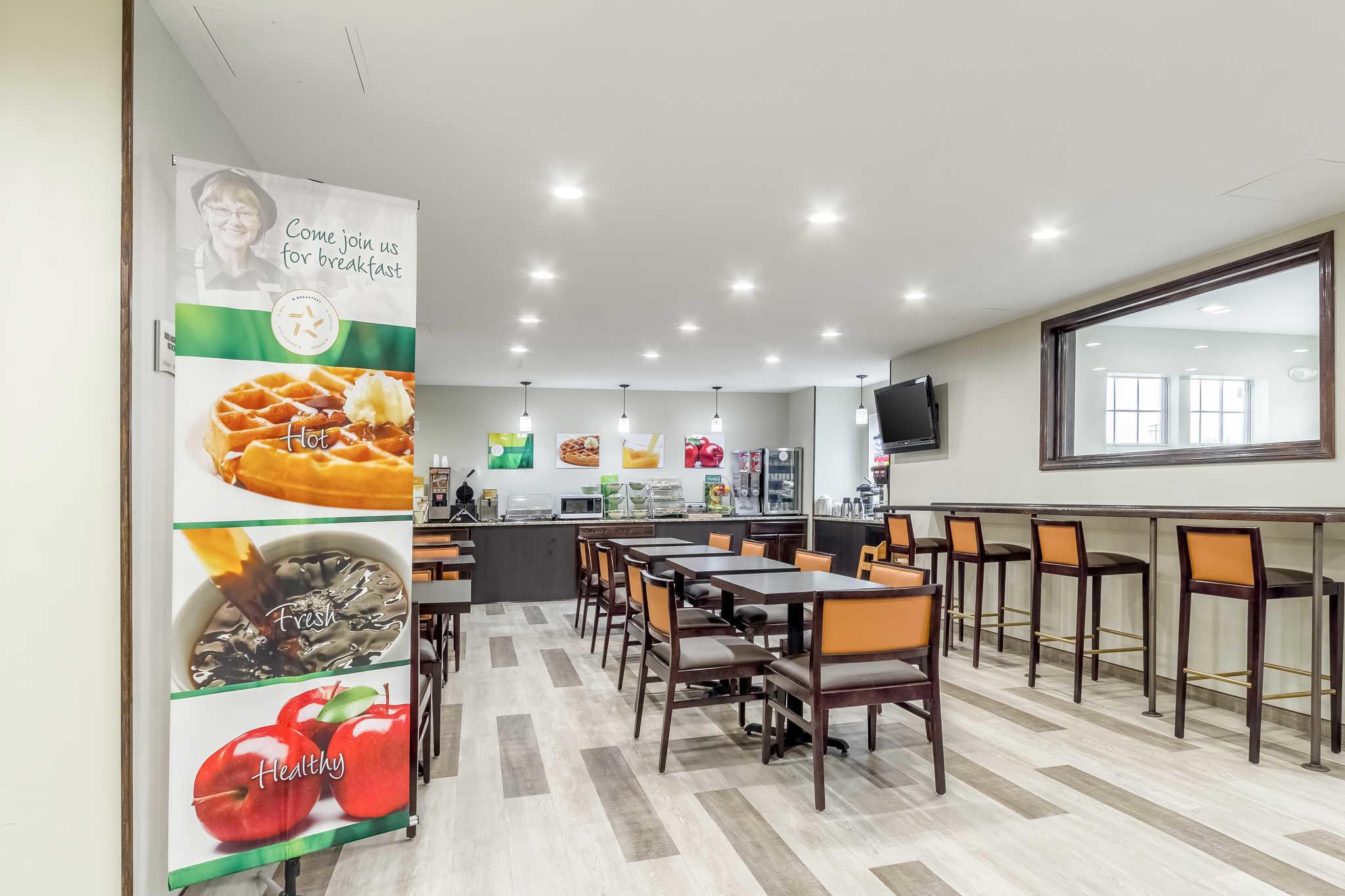Quality Inn North Lima Boardman image 31