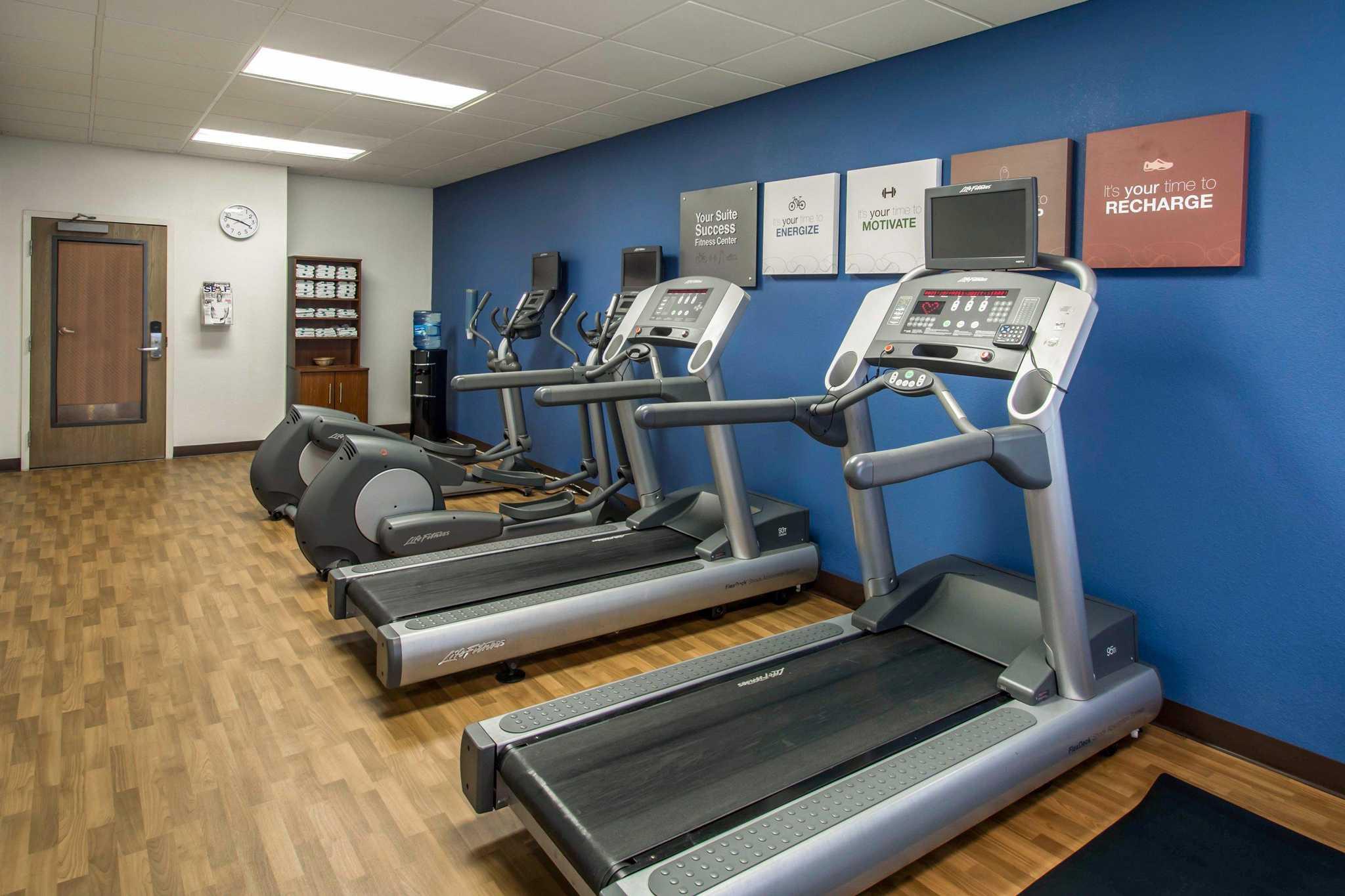 Comfort Suites Near Universal Orlando Resort image 27