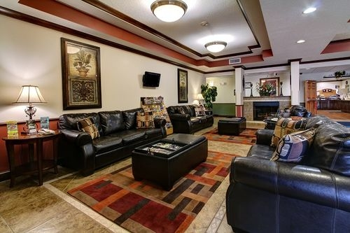 Holiday Inn Express & Suites Inverness-Lecanto image 4