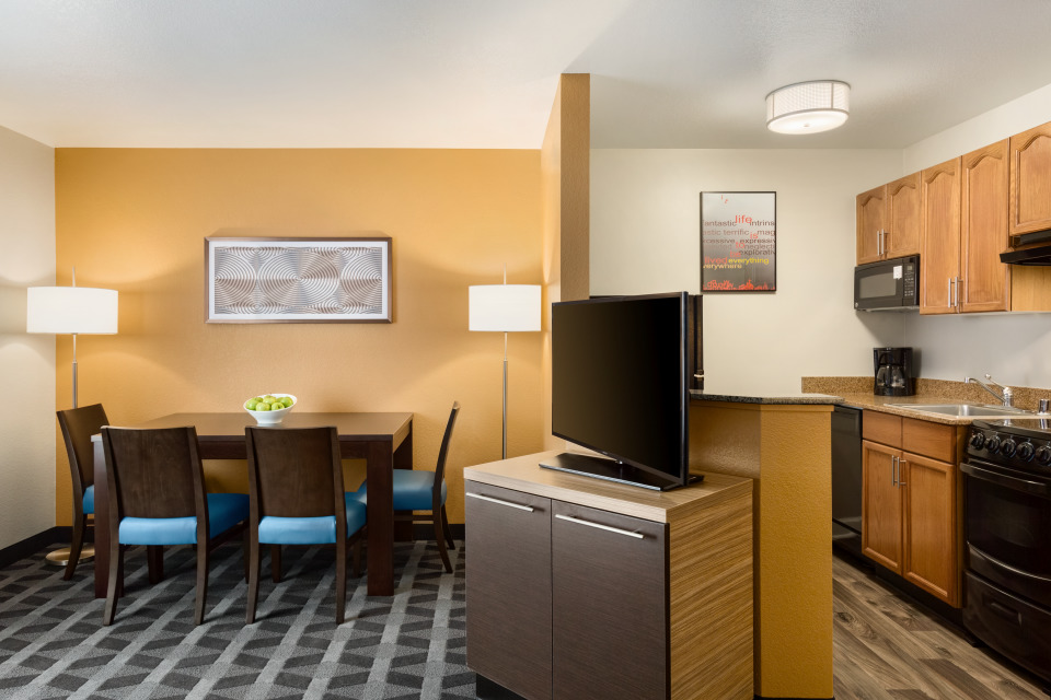 TownePlace Suites by Marriott Denver West/Federal Center image 11