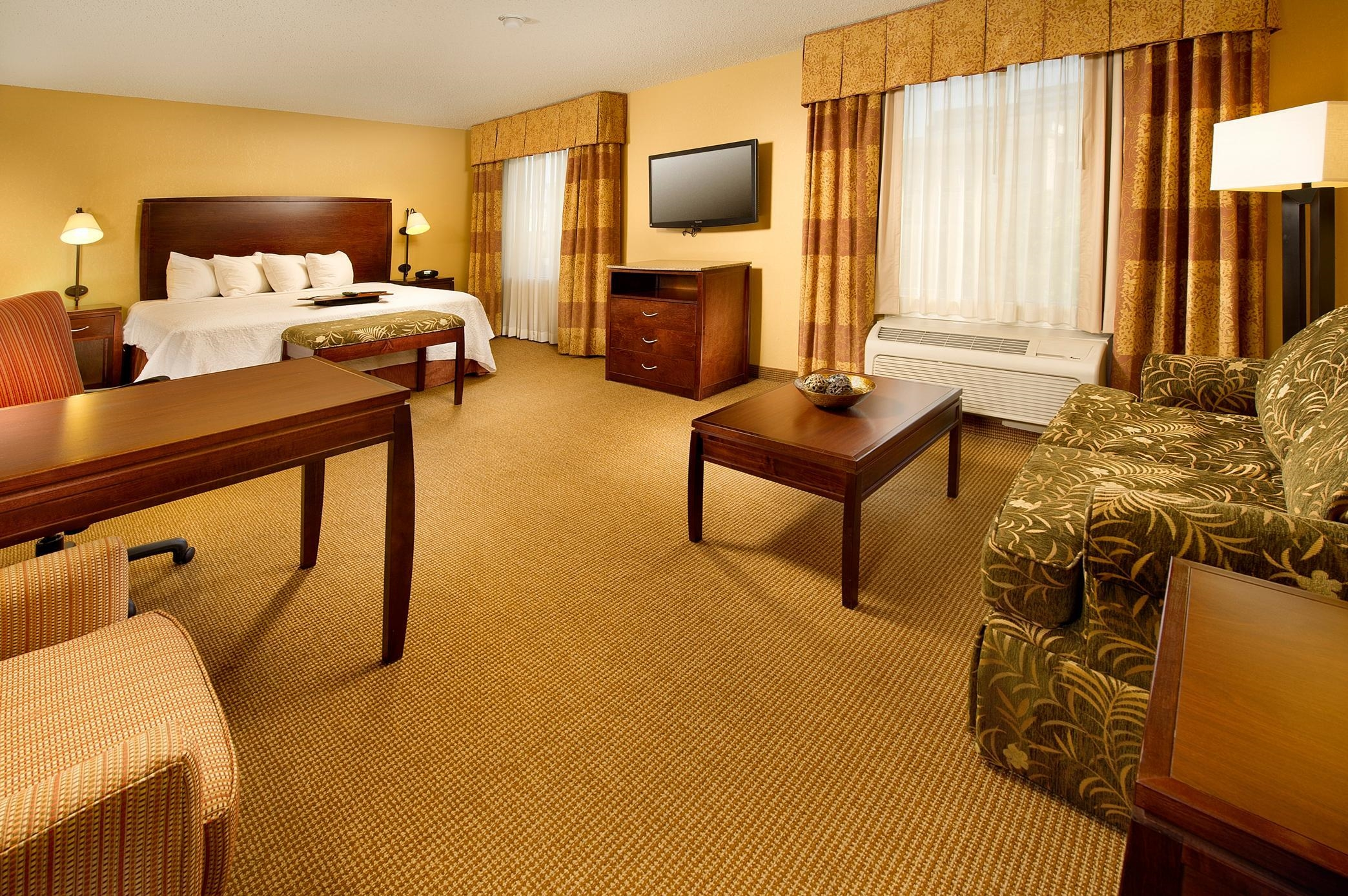 Hampton Inn & Suites San Antonio-Airport image 11