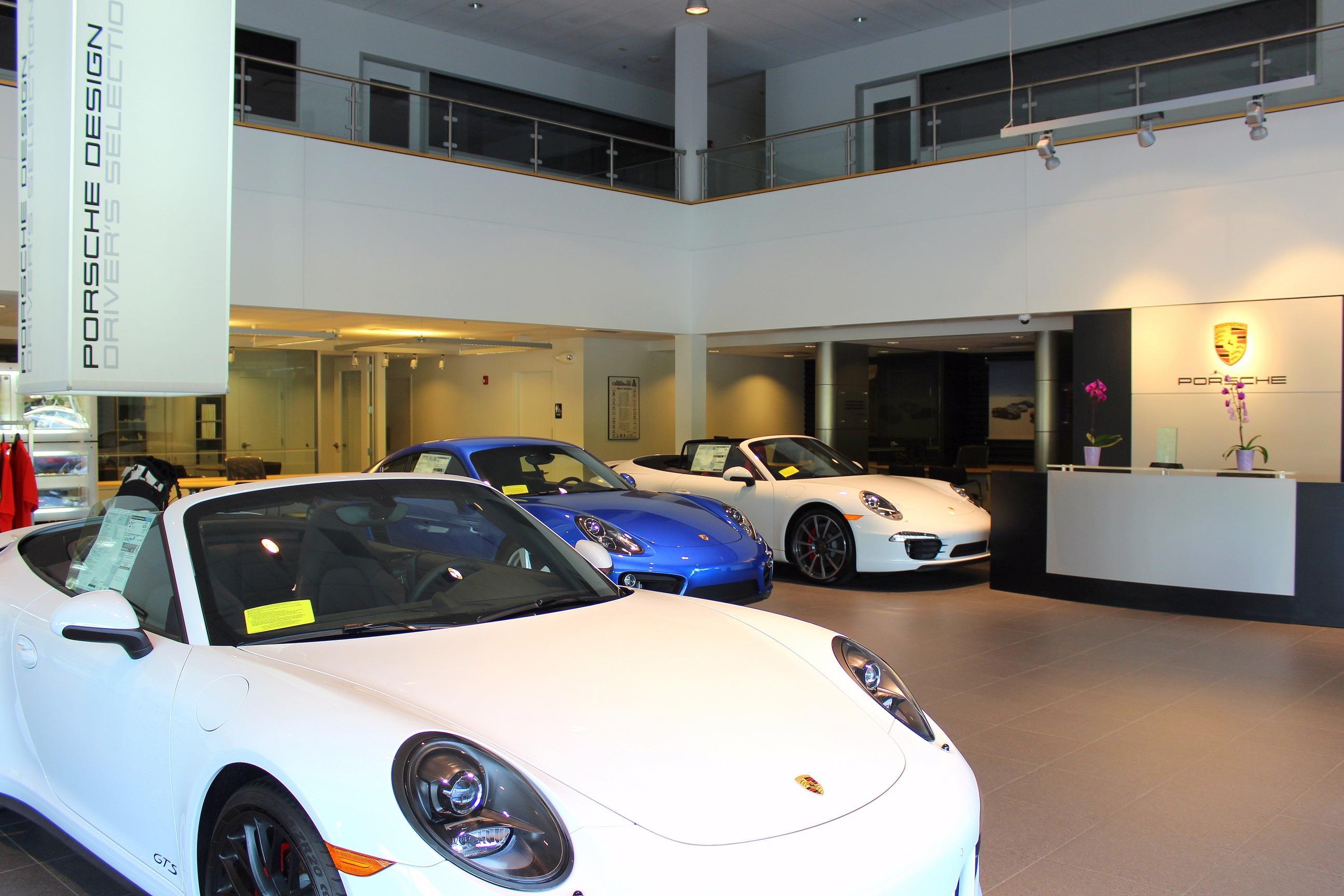 Porsche Burlington image 5