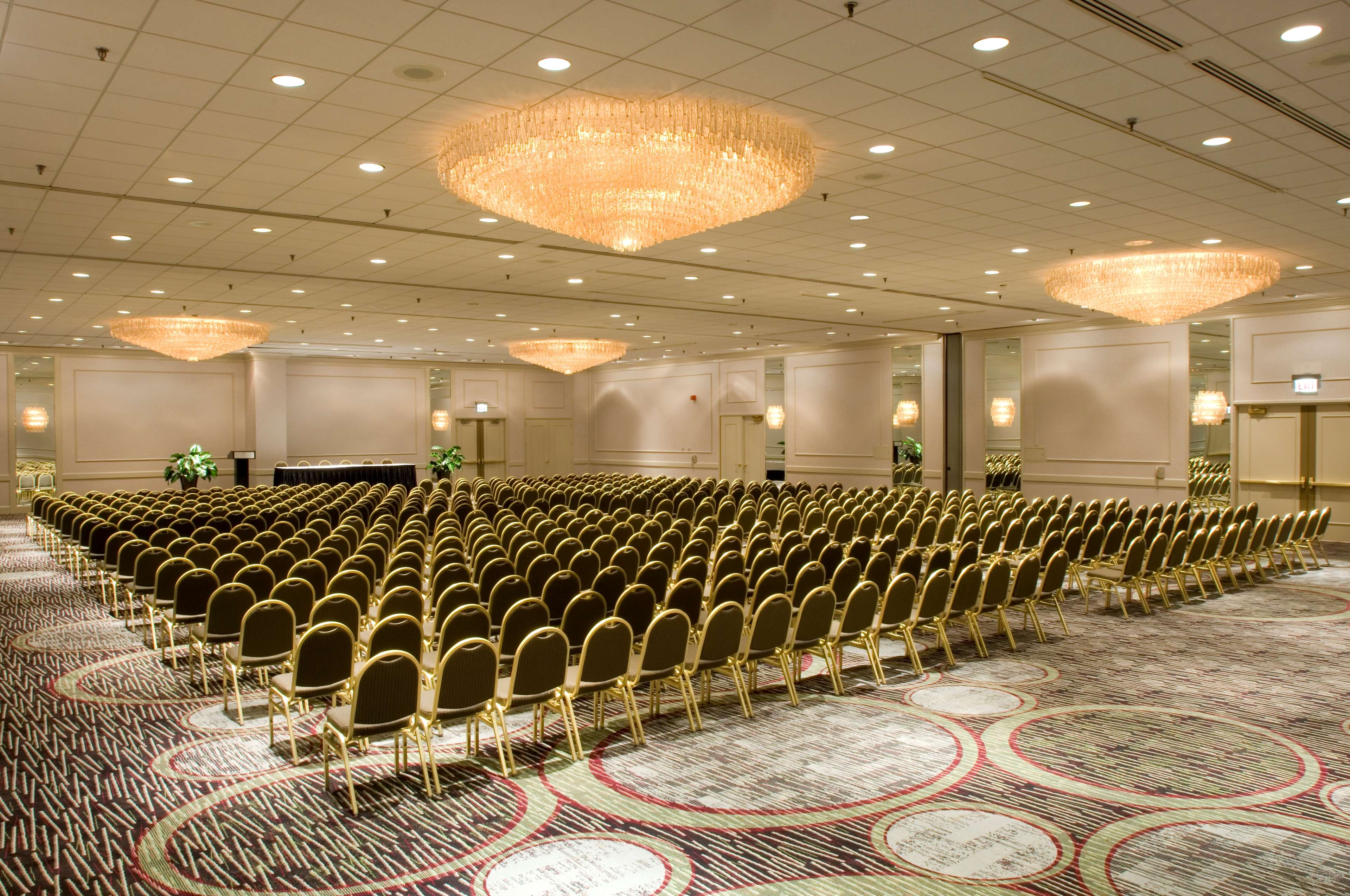 DoubleTree by Hilton Hotel Chicago - Alsip image 16