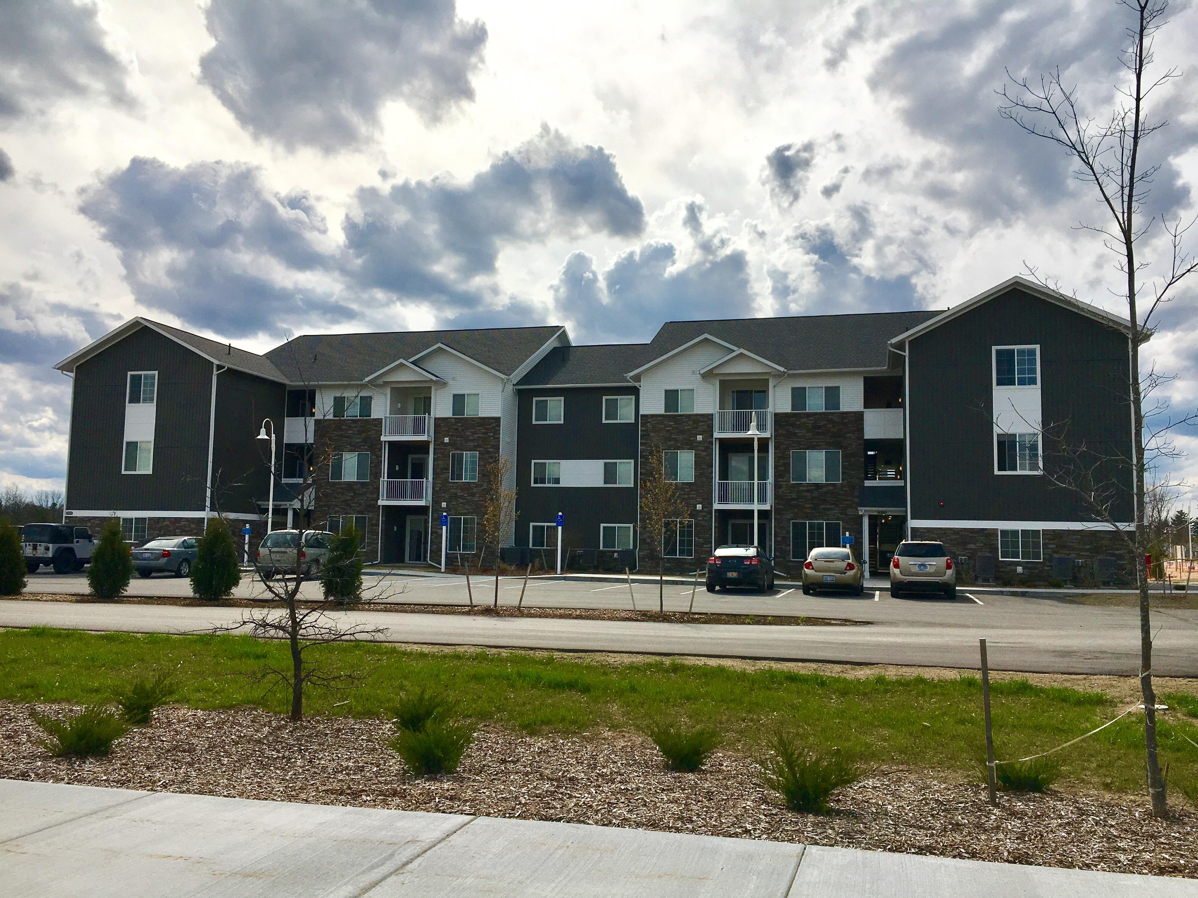 Ridge45 Apartments Coupons Near Me In Traverse City 8coupons Math Wallpaper Golden Find Free HD for Desktop [pastnedes.tk]