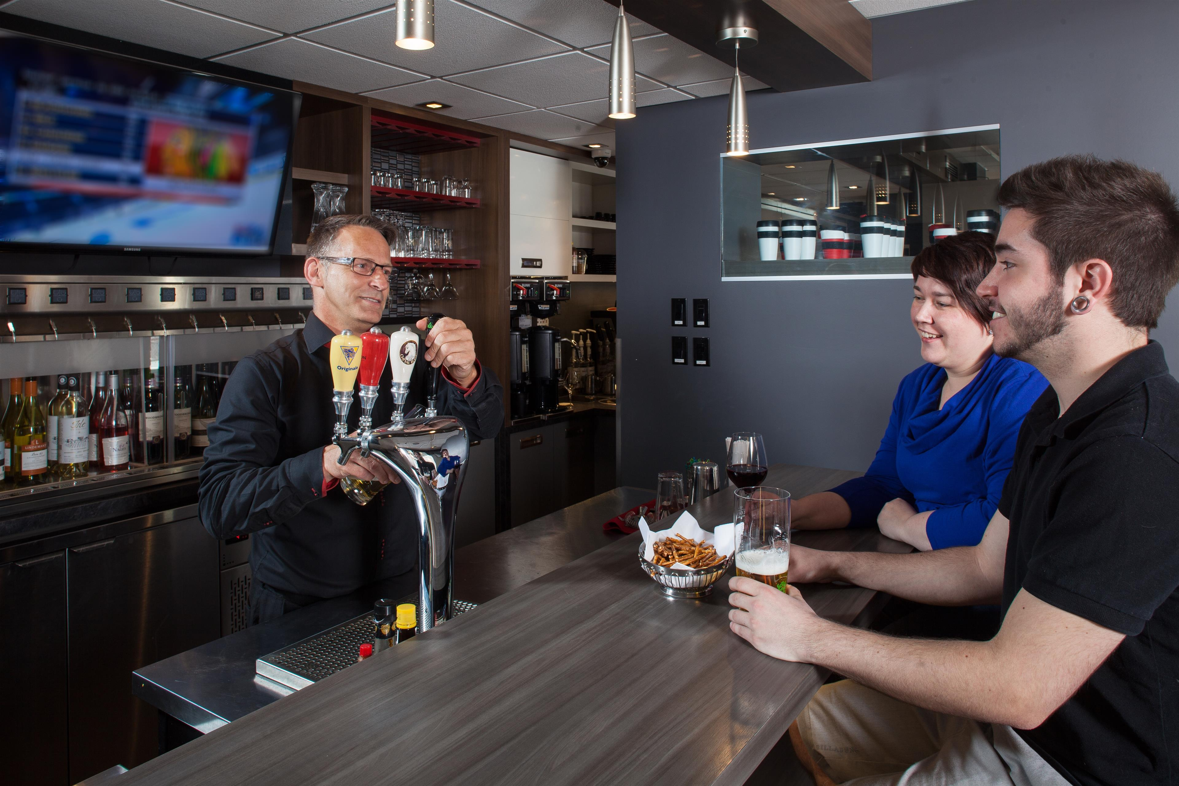 Best Western Plus City Centre/Centre-Ville à Quebec: Café In's Wine Bar