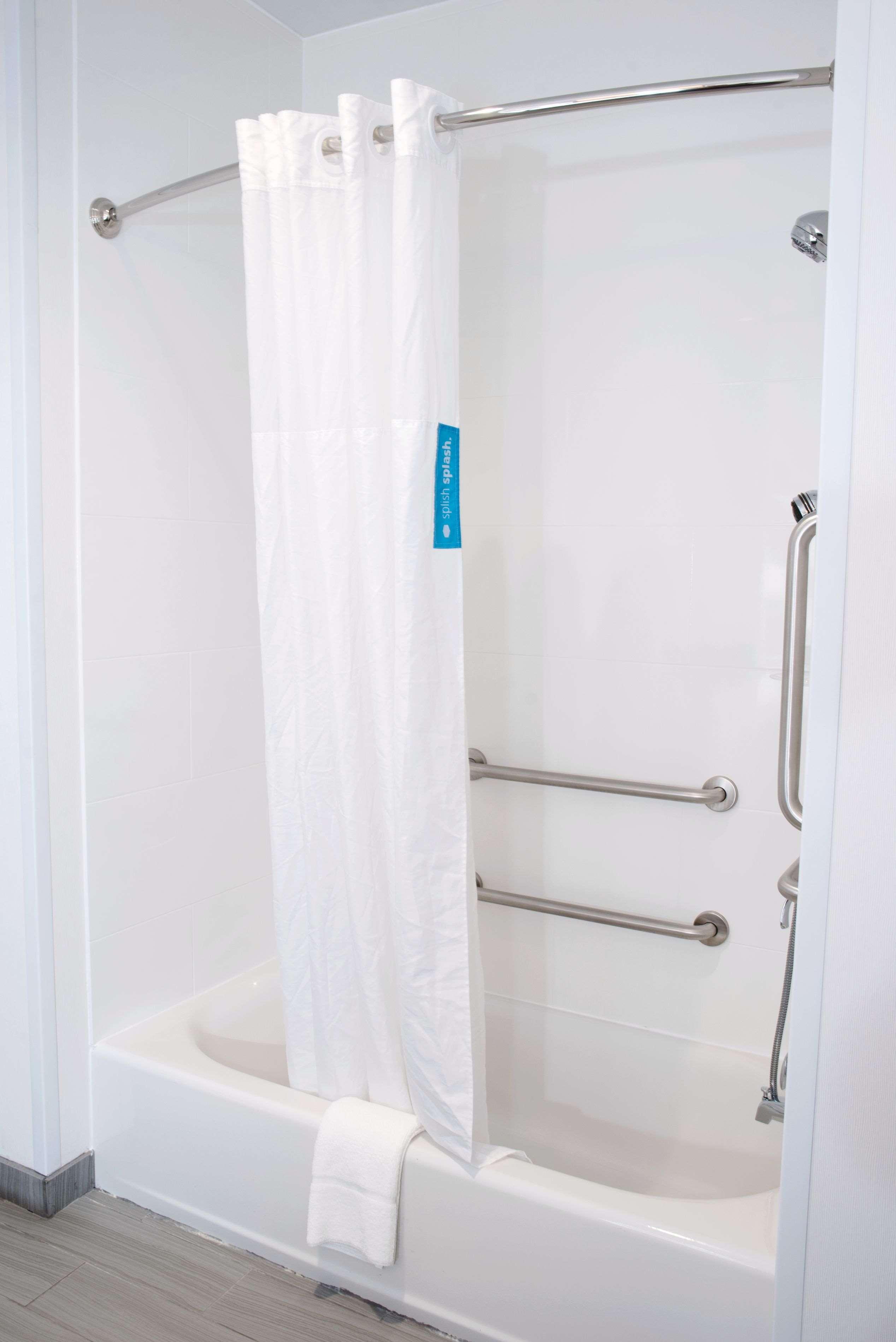 Hampton Inn & Suites Des Moines/Urbandale image 40