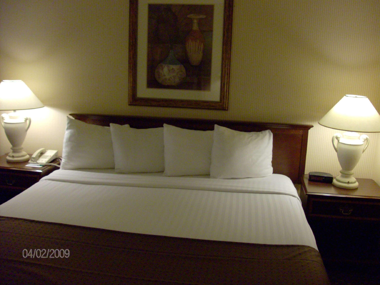 SureStay Plus Hotel by Best Western Kansas City Northeast image 9