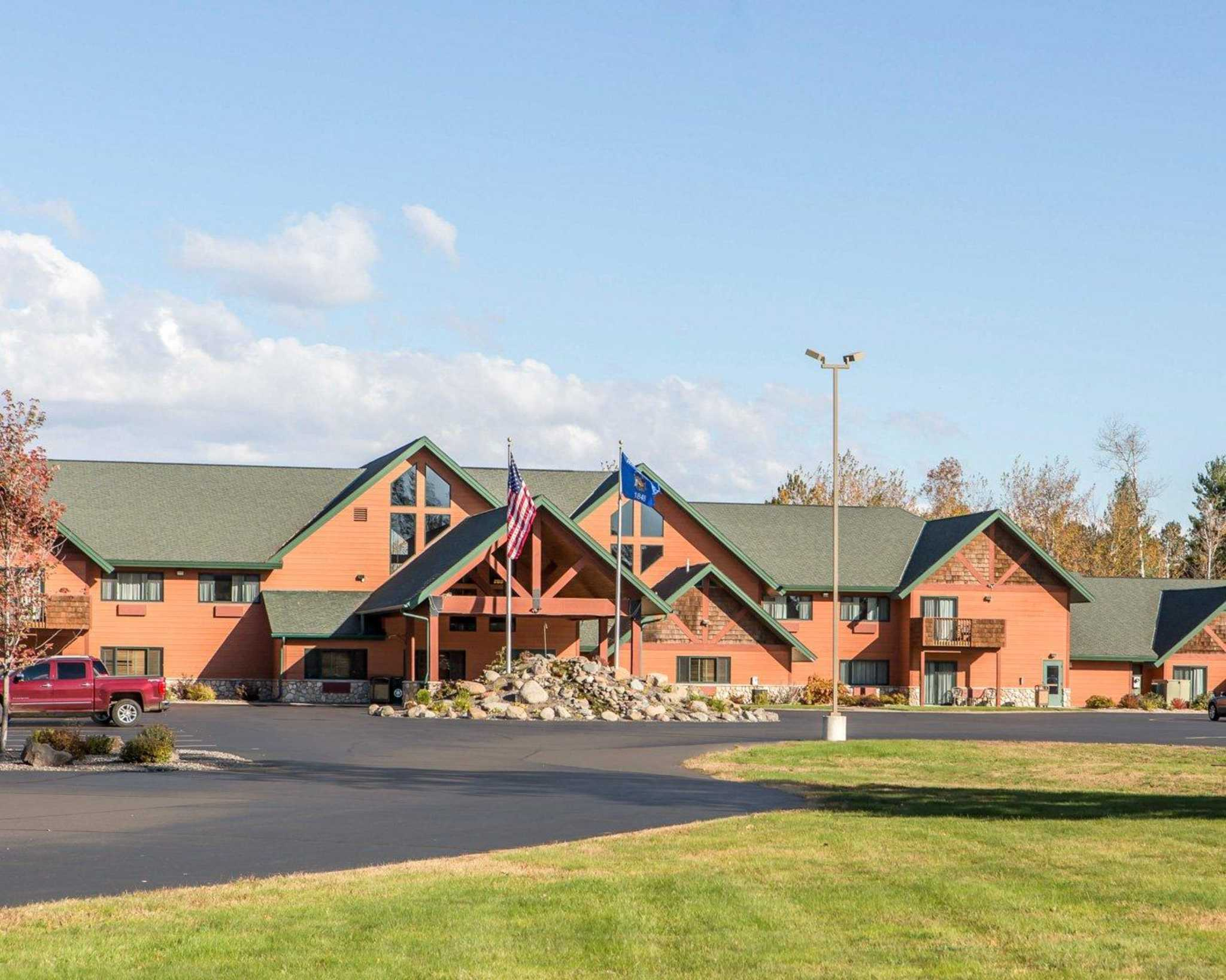 Hayward Wi Hotels And Motels