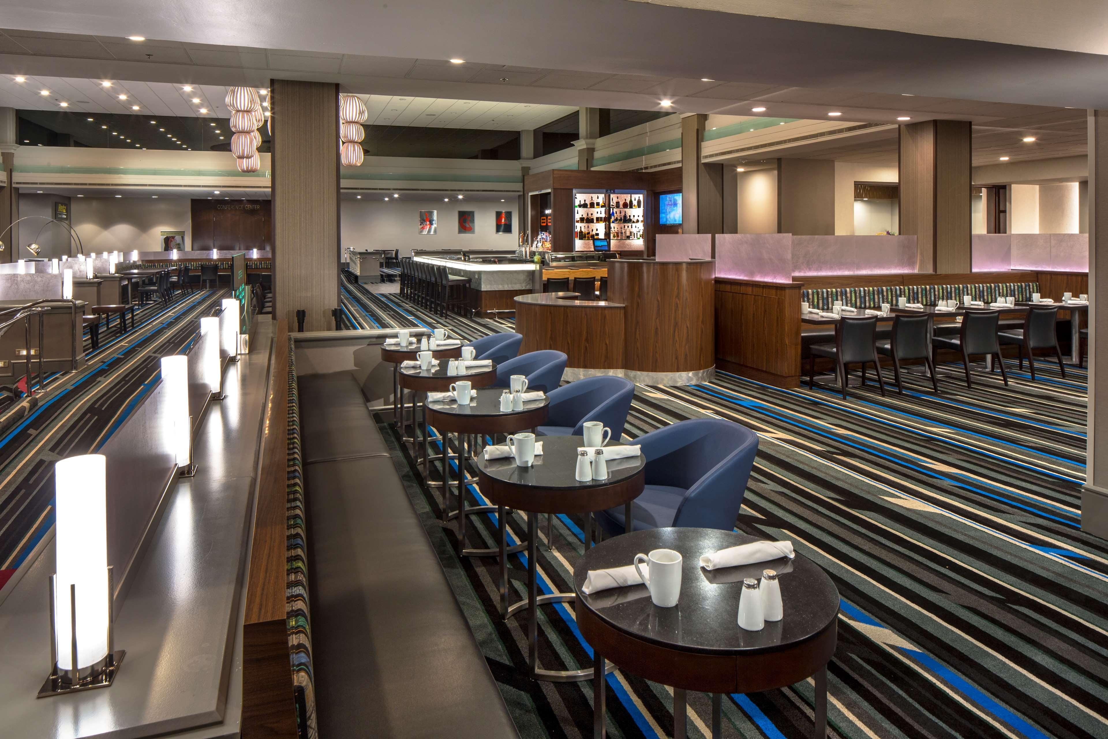 DoubleTree by Hilton Hotel Newark - Fremont image 7