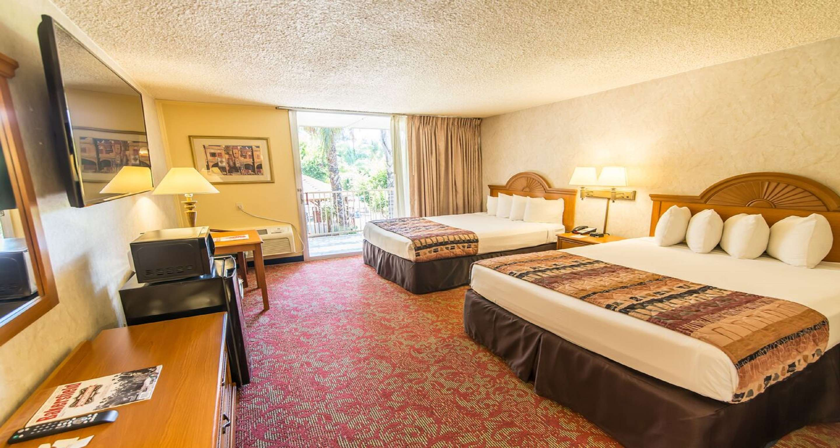 SureStay Plus Hotel by Best Western Bakersfield North image 24