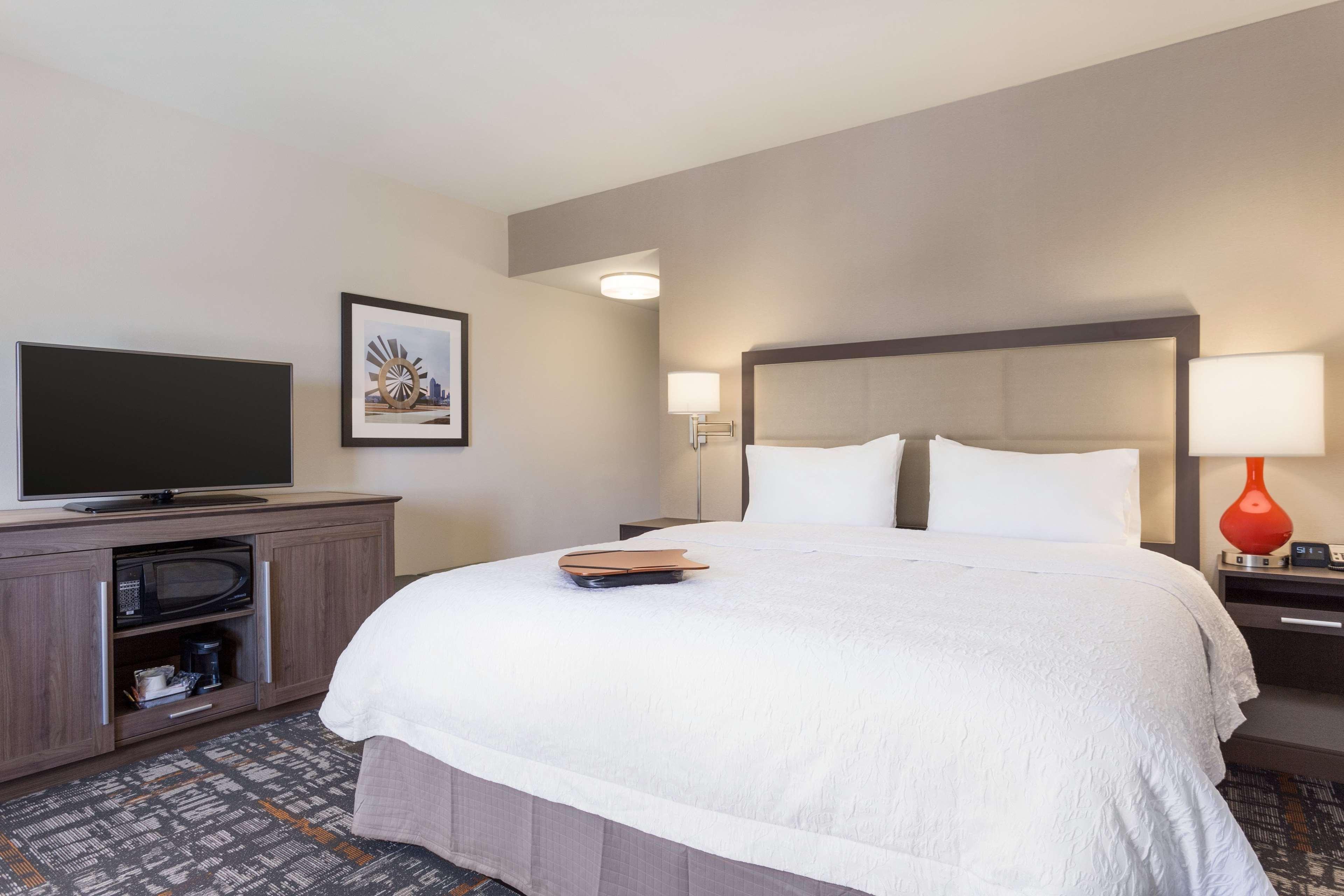 Hampton Inn & Suites West Des Moines/SW Mall Area image 21