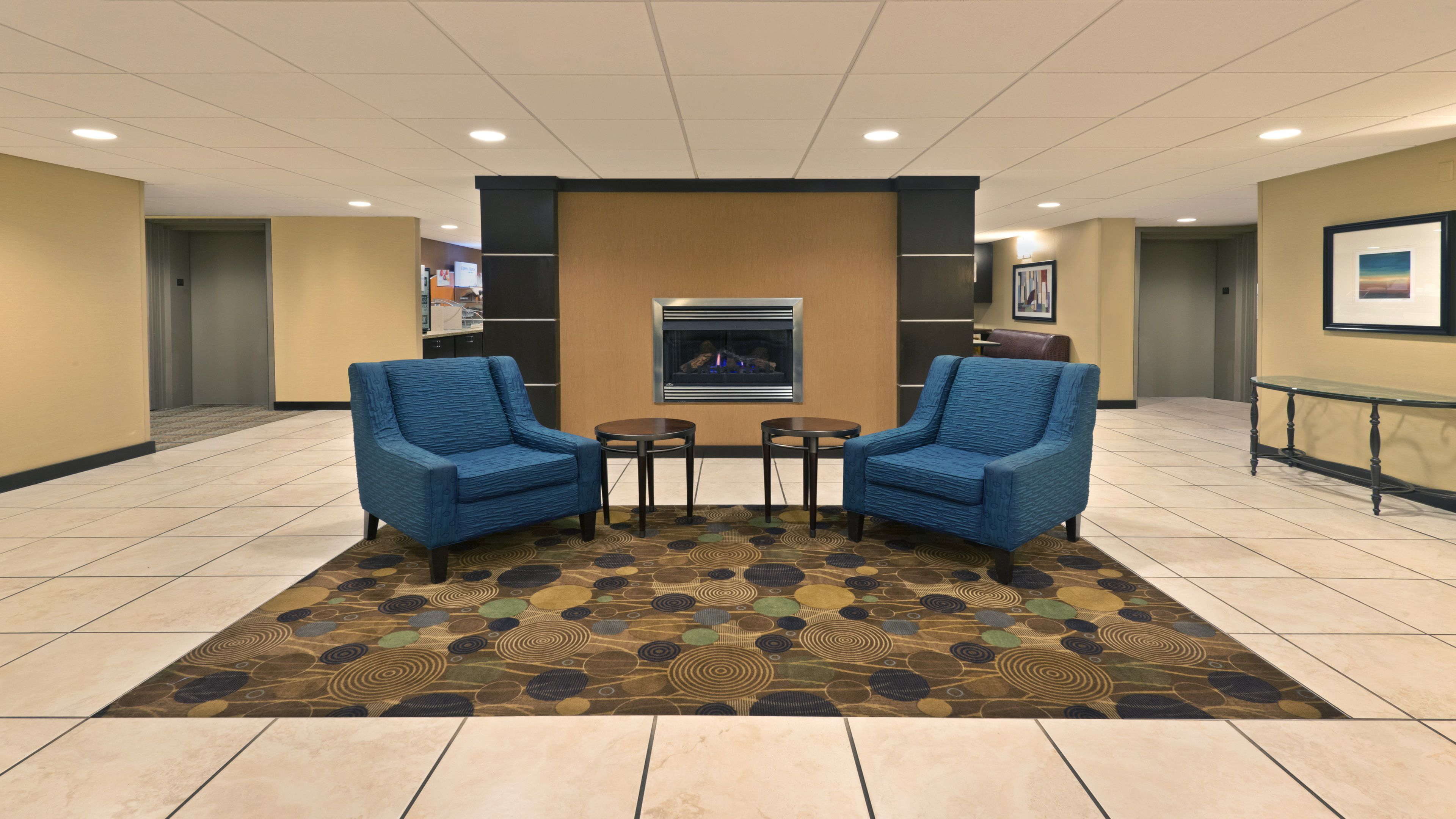 Holiday Inn Express & Suites Colby image 4