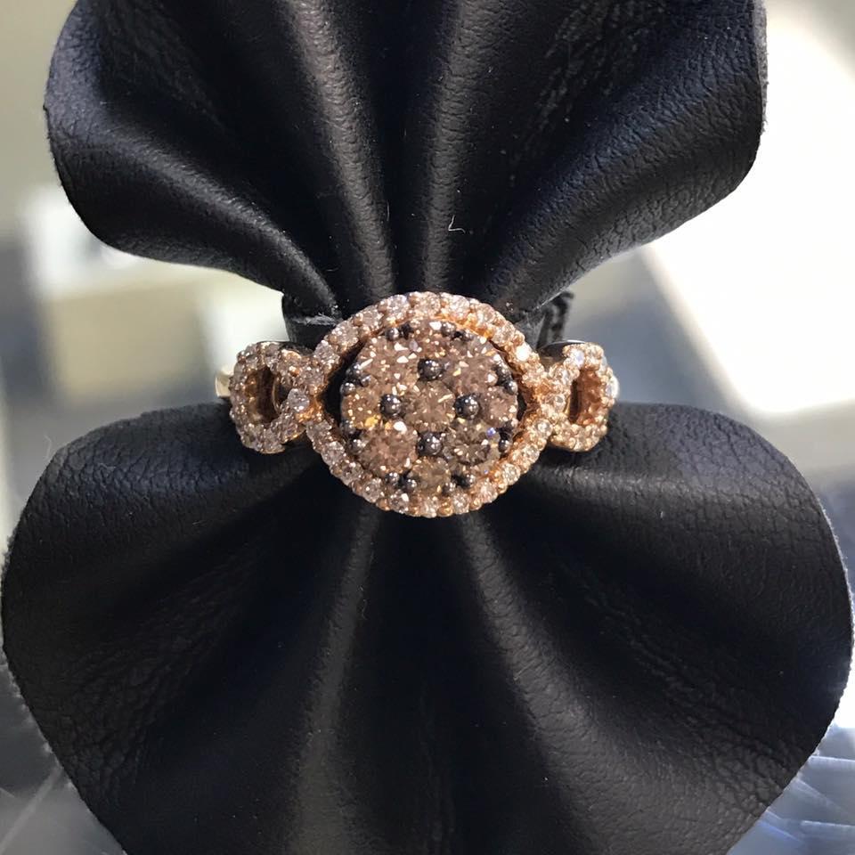 Jeweler's Bench image 2