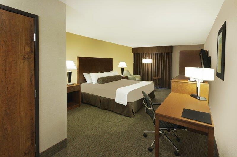 Best Western Plus Atrium Inn image 23
