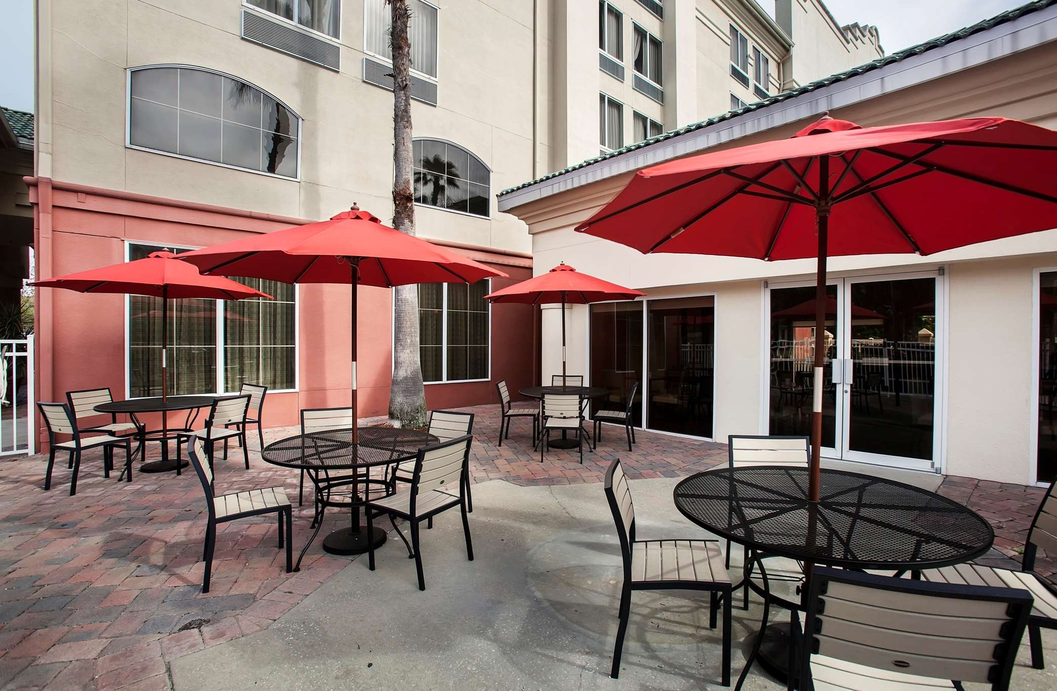 Hampton Inn Orlando/Lake Buena Vista image 17