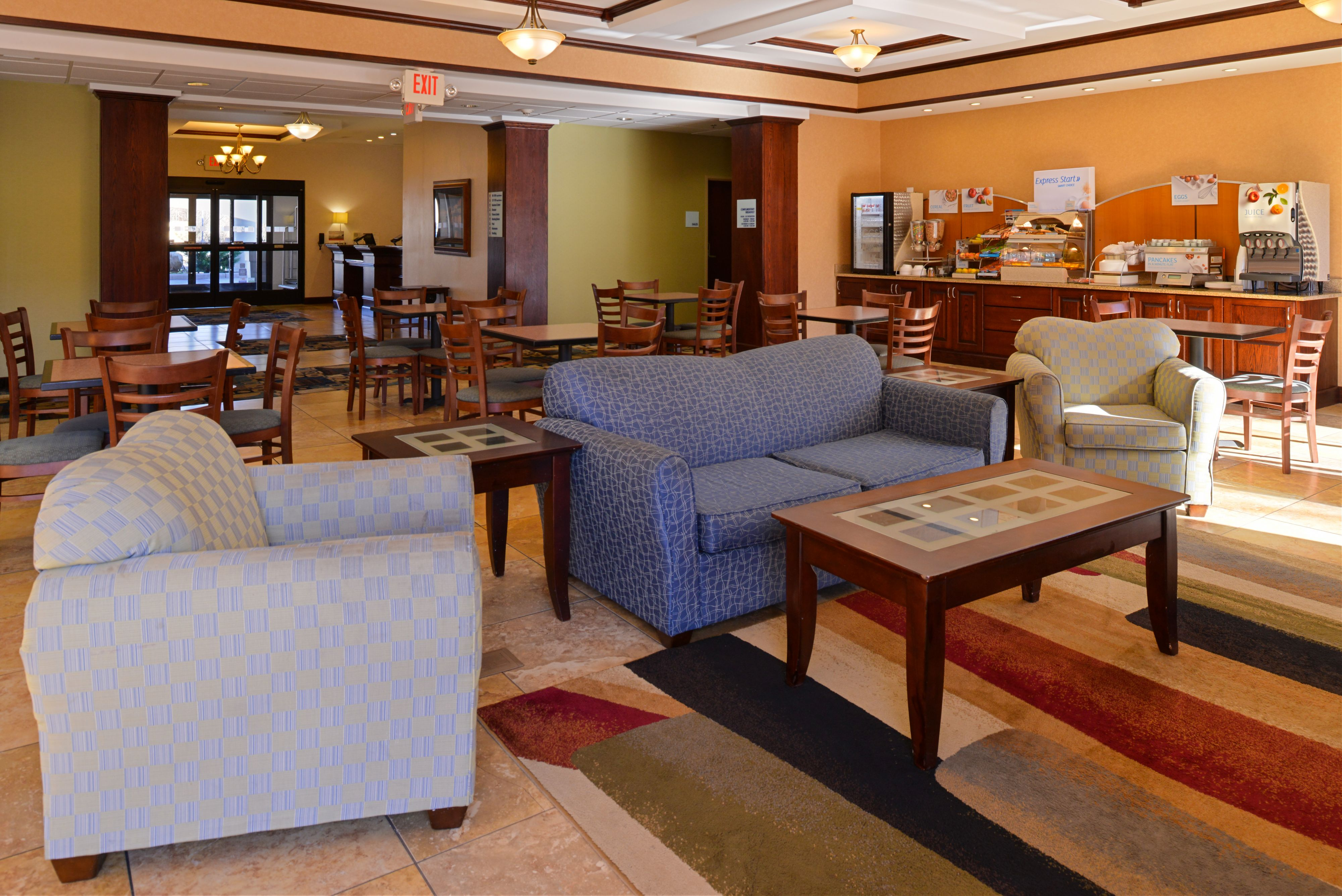 Holiday Inn Express & Suites White Haven - Poconos image 7