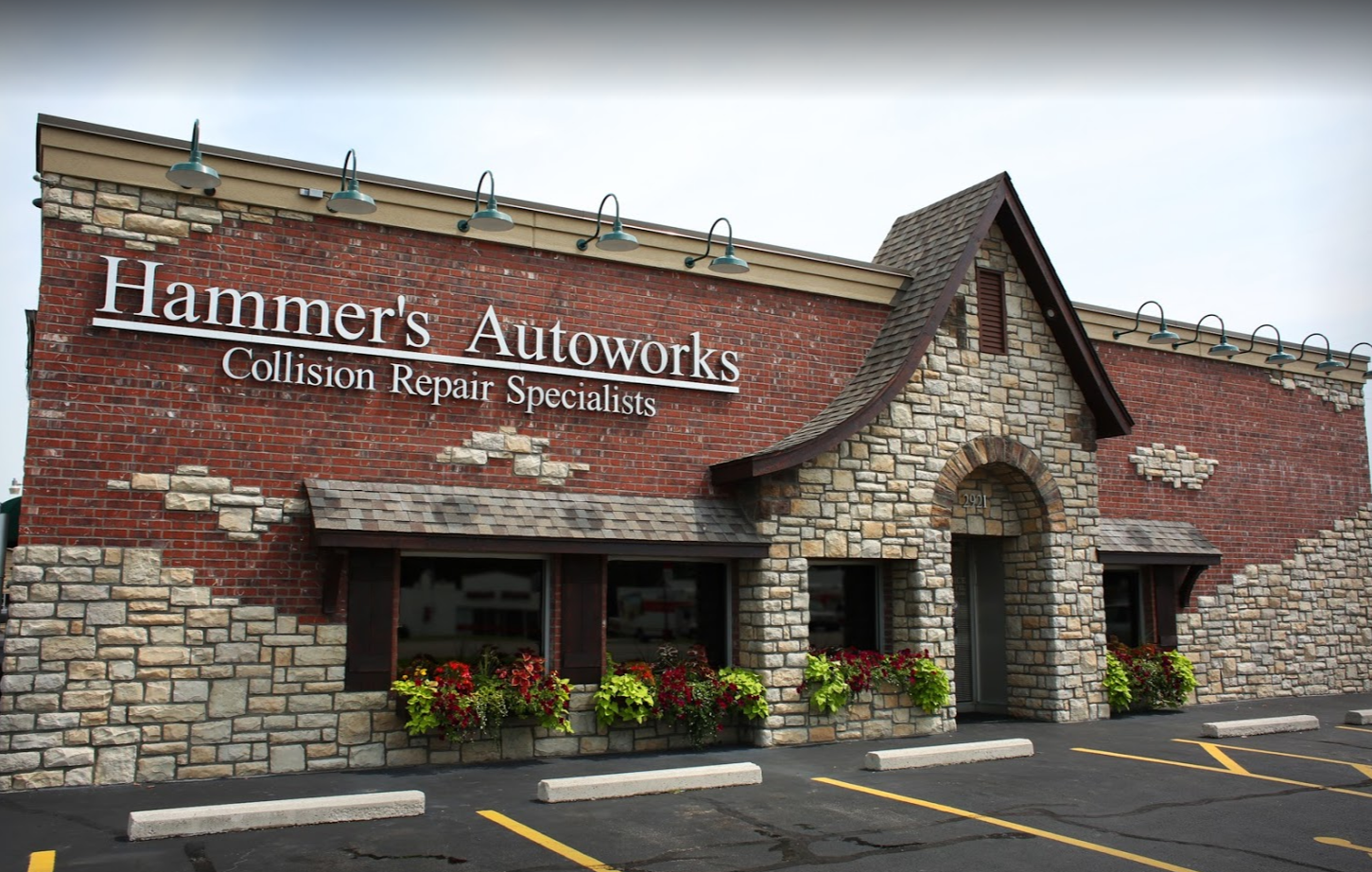 Hammer's Autoworks image 2