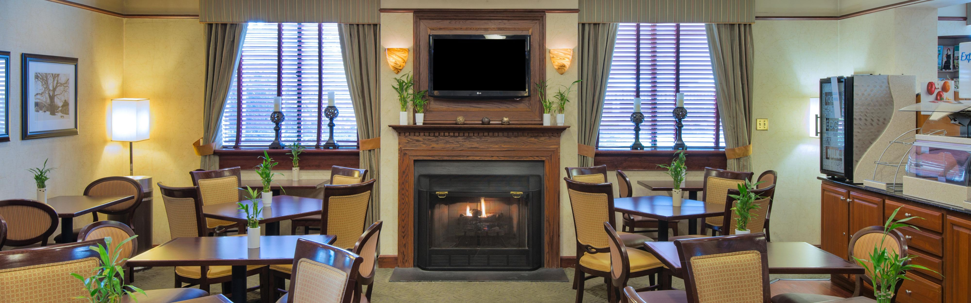 Holiday Inn Express Exton - Great Valley image 3